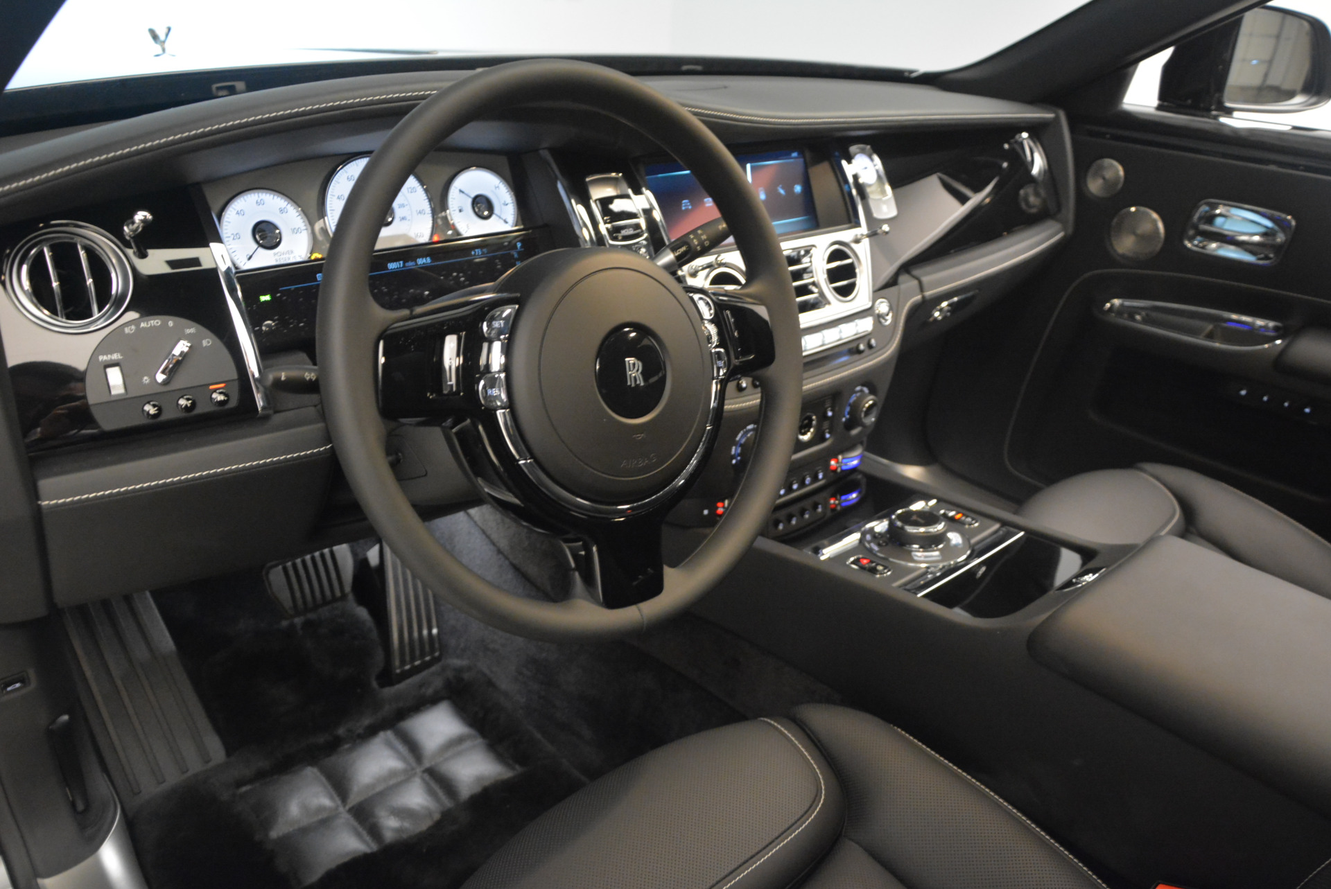 New 2018 Rolls-Royce Ghost  For Sale In Greenwich, CT 1252_p22
