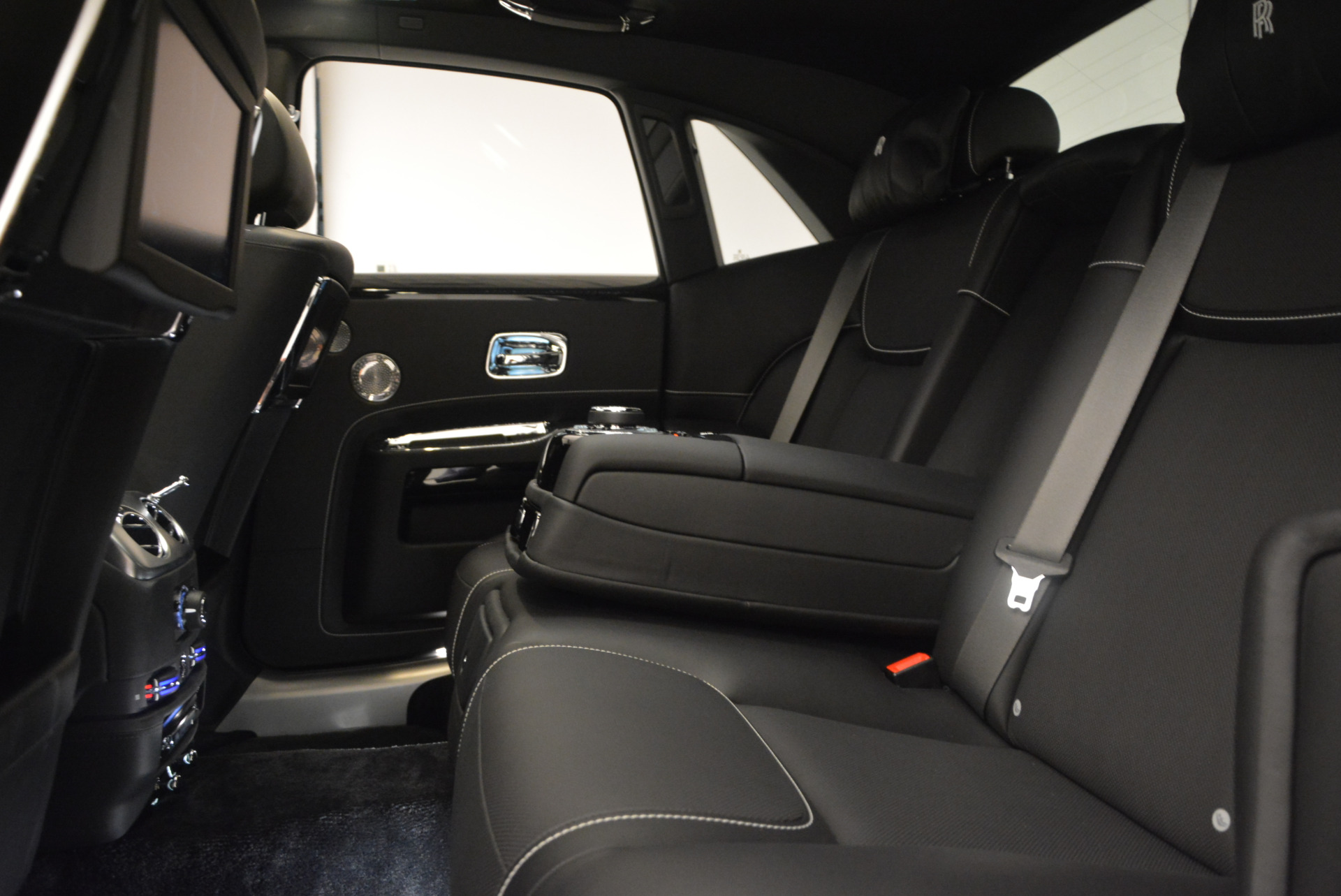 New 2018 Rolls-Royce Ghost  For Sale In Greenwich, CT 1252_p26