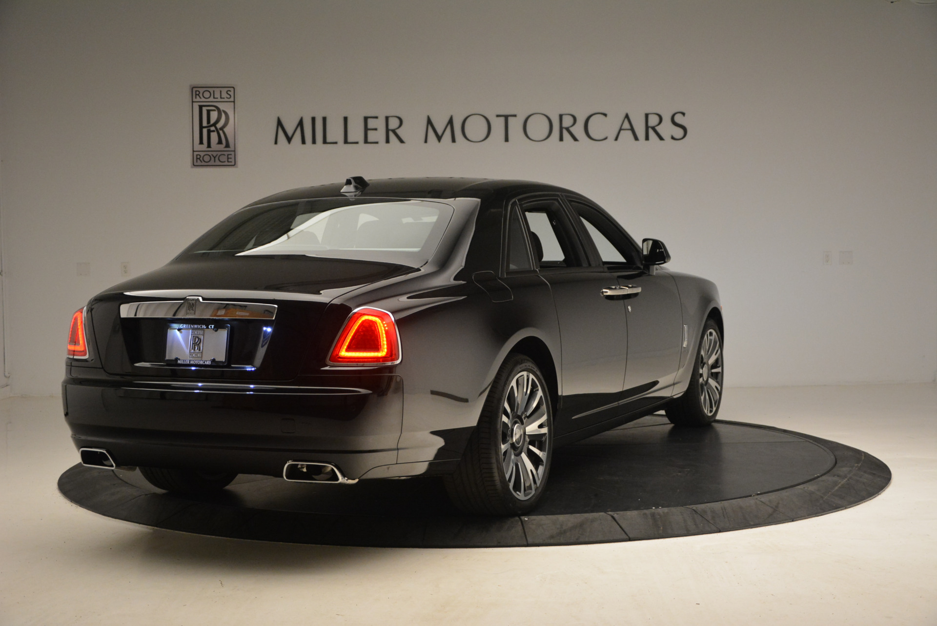 New 2018 Rolls-Royce Ghost  For Sale In Greenwich, CT 1252_p9