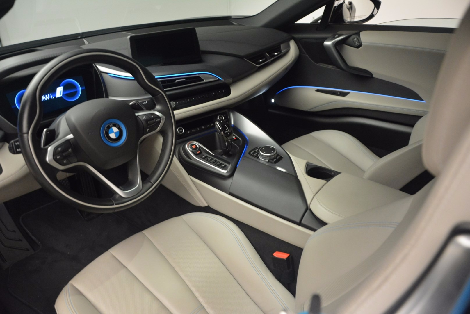 Used 2014 BMW i8  For Sale In Greenwich, CT 1253_p17