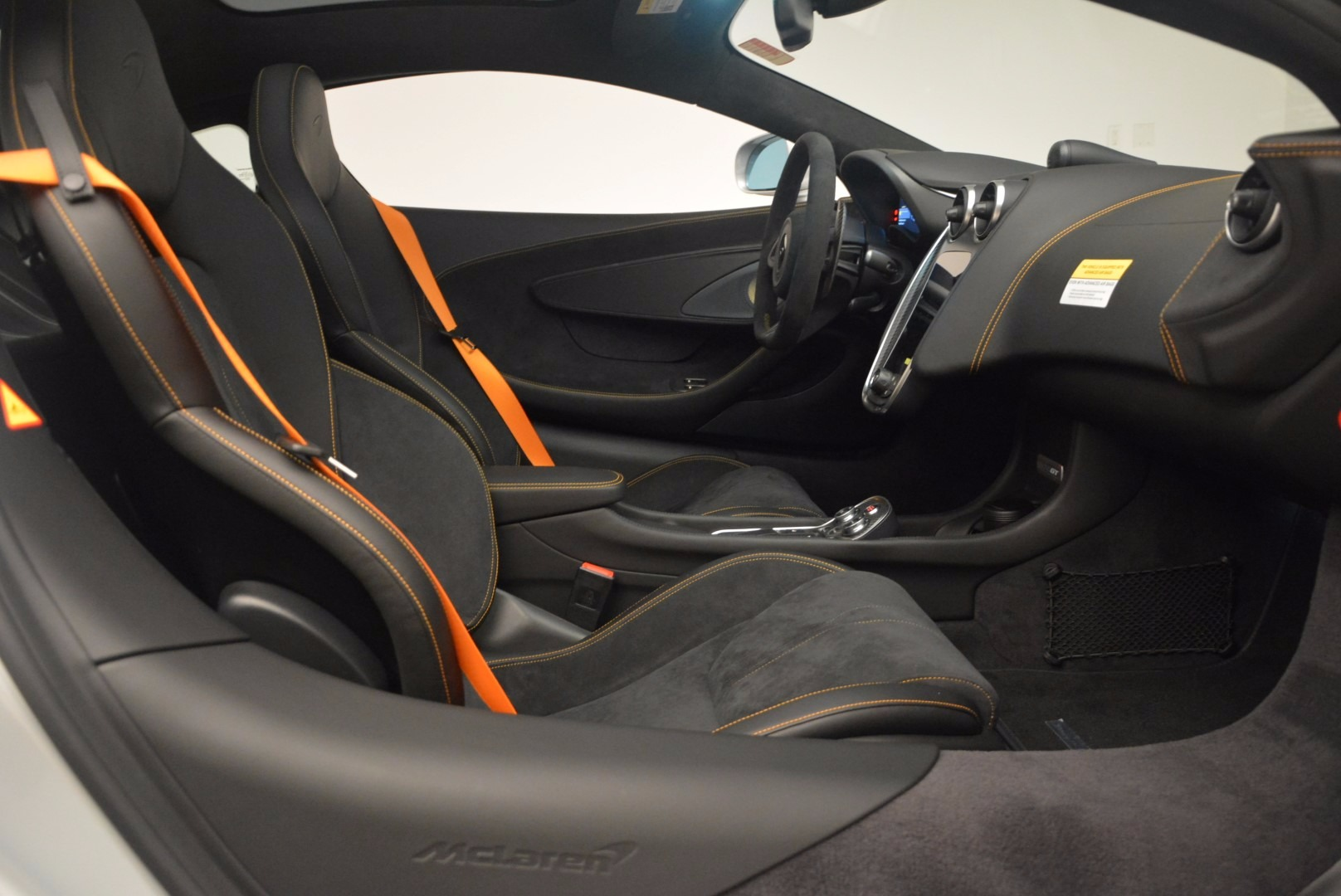 Used 2017 McLaren 570GT  For Sale In Greenwich, CT 1254_p19