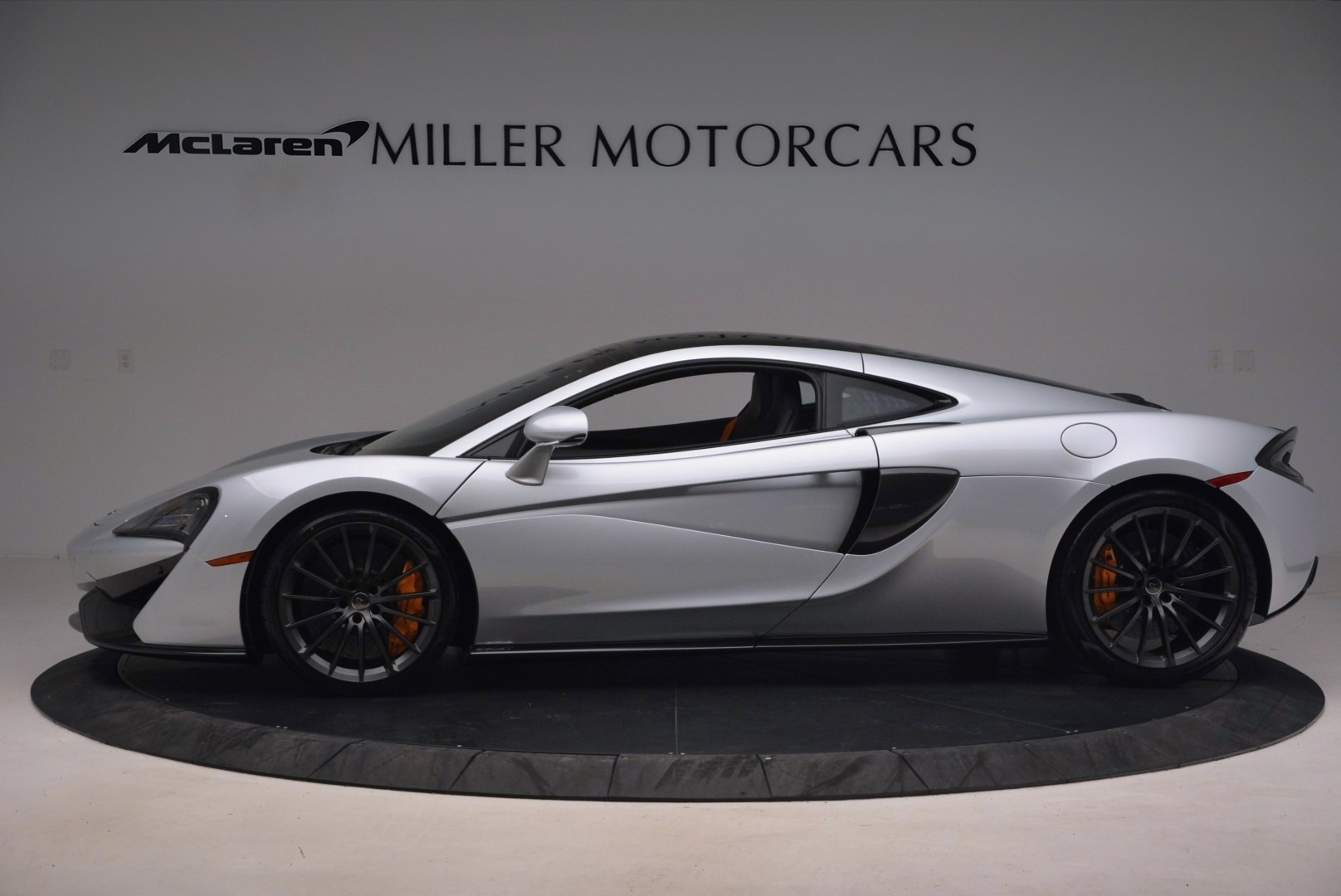 Used 2017 McLaren 570GT  For Sale In Greenwich, CT 1254_p3