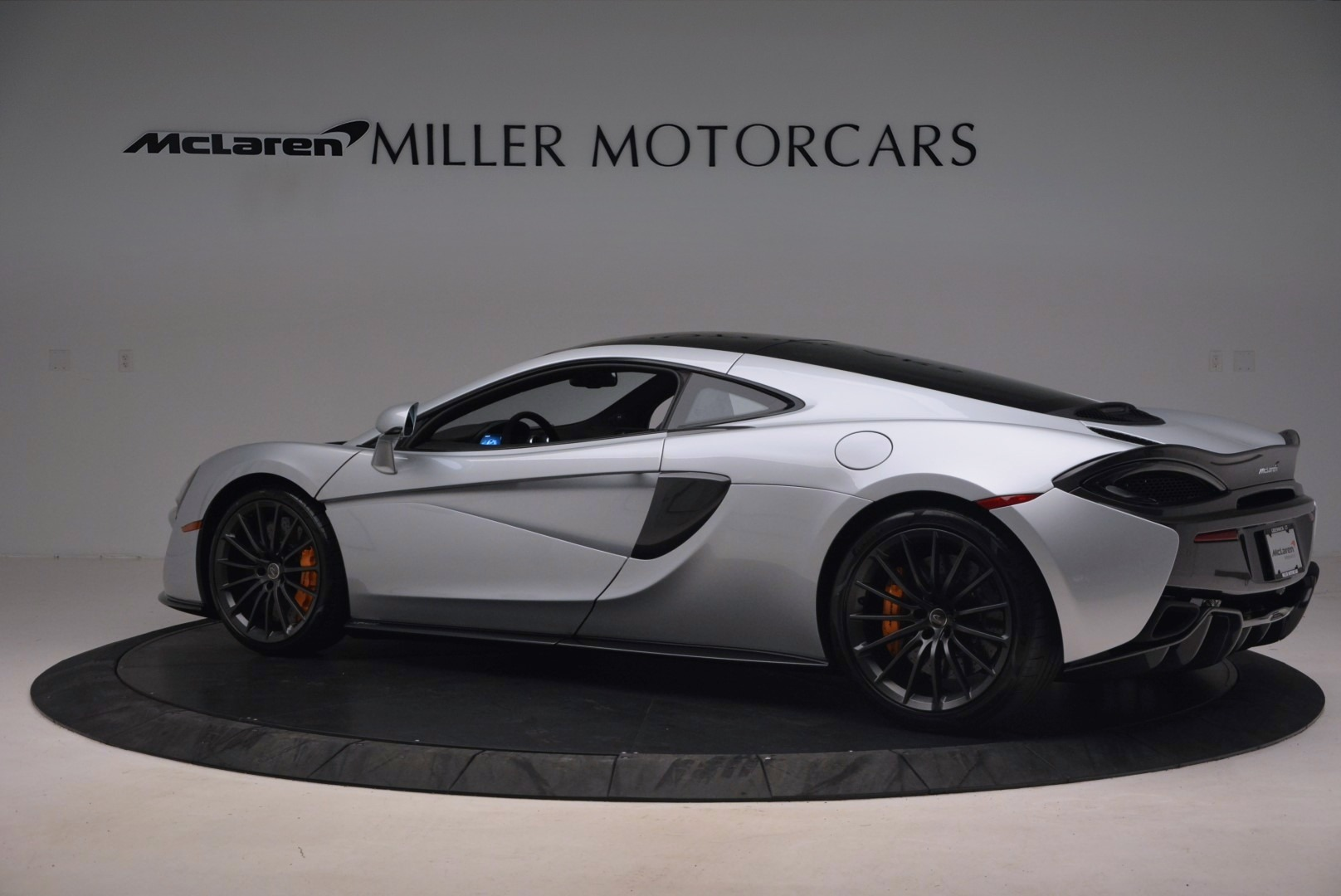 Used 2017 McLaren 570GT  For Sale In Greenwich, CT 1254_p4