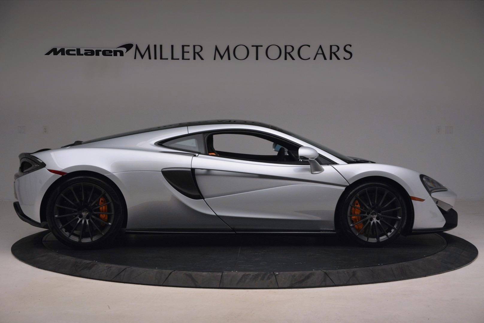 Used 2017 McLaren 570GT  For Sale In Greenwich, CT 1254_p9