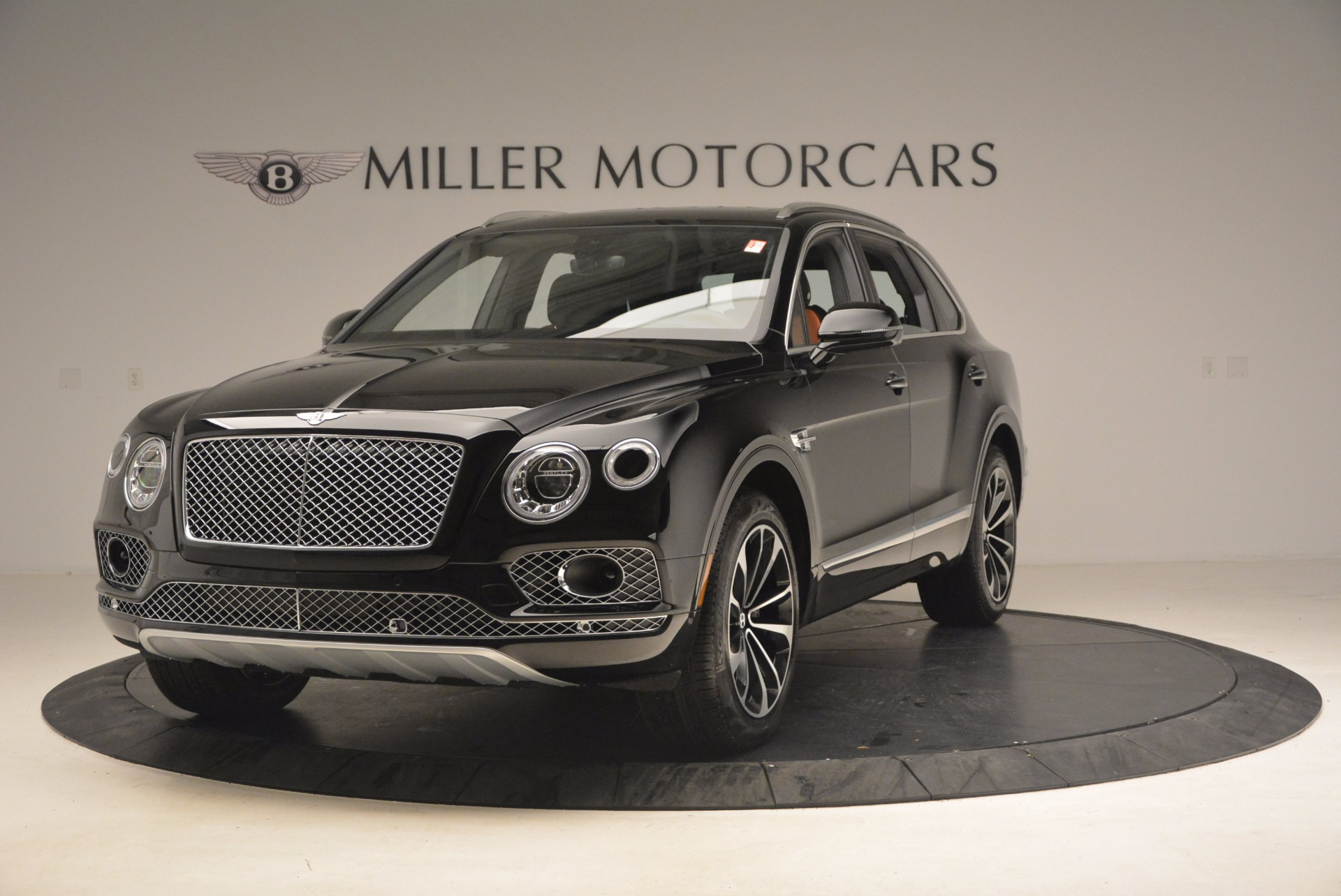 New 2018 Bentley Bentayga Activity Edition-Now with seating for 7!!! For Sale In Greenwich, CT 1255_main