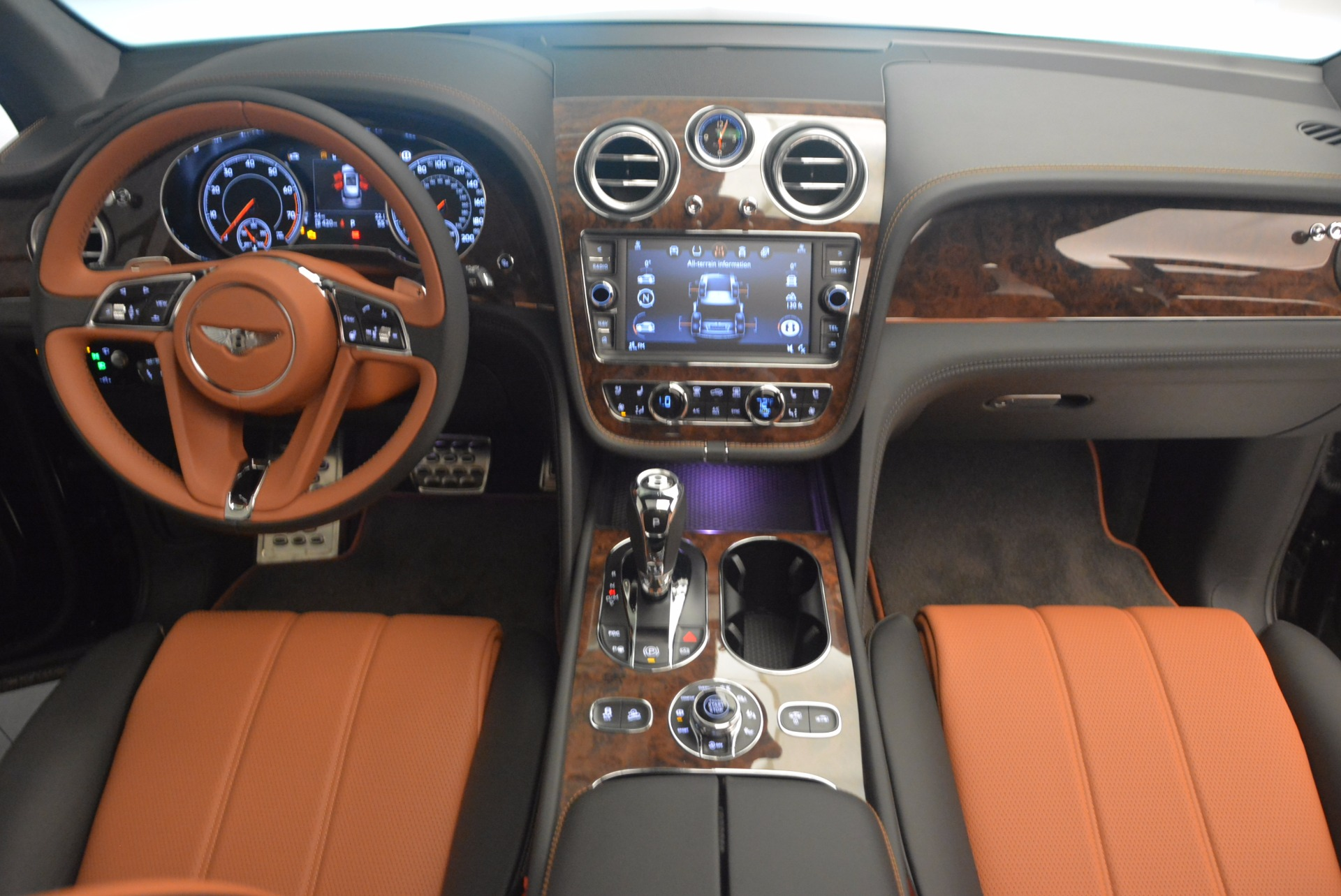 New 2018 Bentley Bentayga Activity Edition-Now with seating for 7!!! For Sale In Greenwich, CT 1255_p48