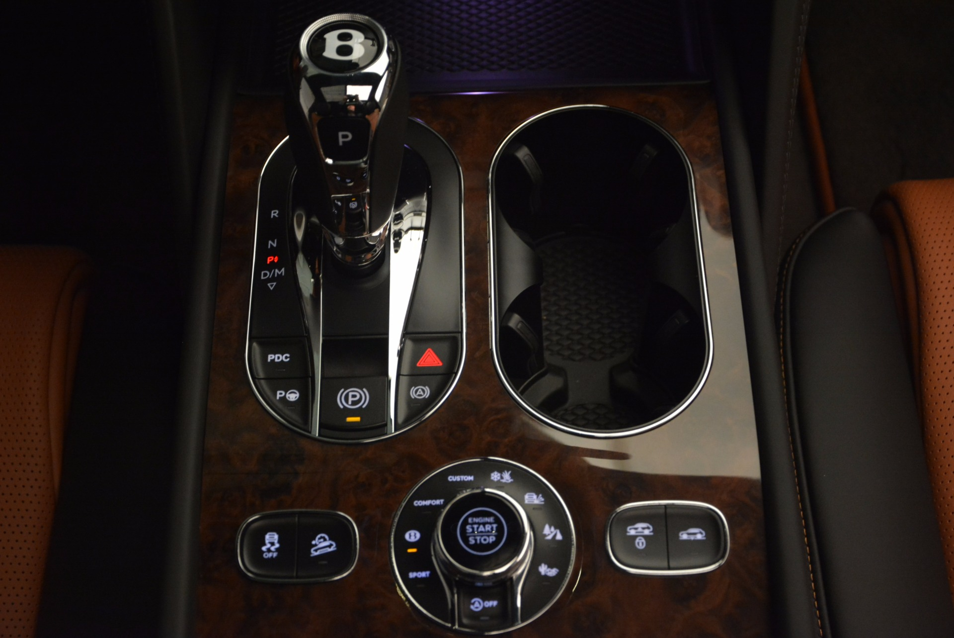 New 2018 Bentley Bentayga Activity Edition-Now with seating for 7!!! For Sale In Greenwich, CT 1255_p50