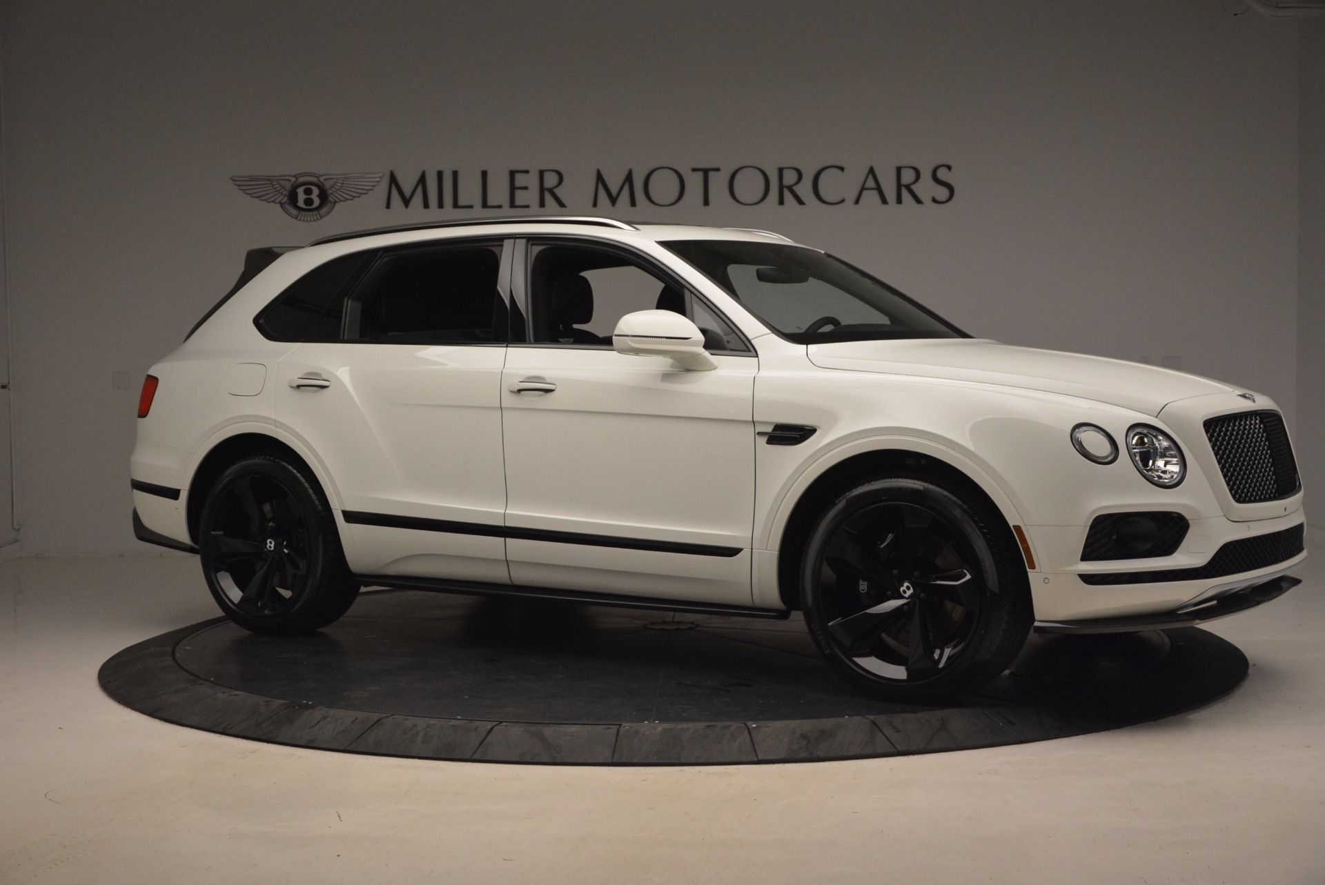 New 2018 Bentley Bentayga Black Edition For Sale In Greenwich, CT 1260_p10