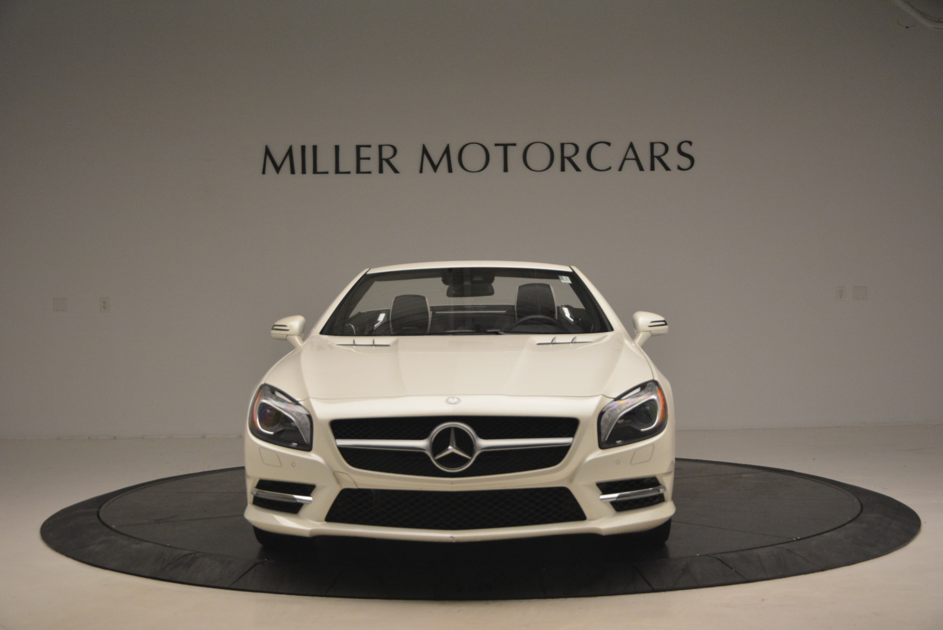 Used 2015 Mercedes Benz SL-Class SL 550 For Sale In Greenwich, CT 1261_p13