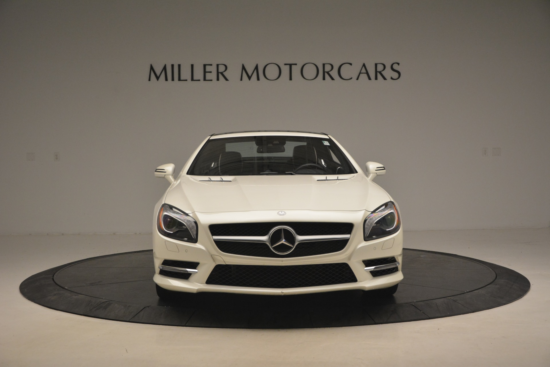 Used 2015 Mercedes Benz SL-Class SL 550 For Sale In Greenwich, CT 1261_p14