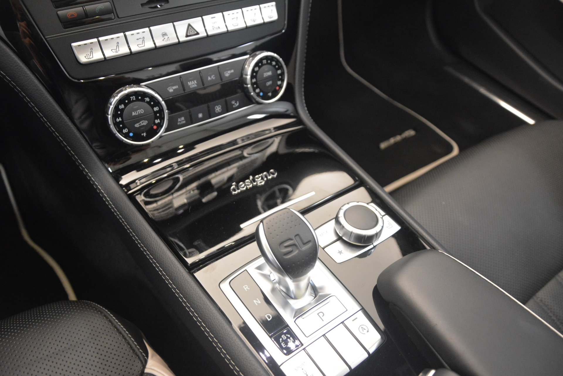 Used 2015 Mercedes Benz SL-Class SL 550 For Sale In Greenwich, CT 1261_p35