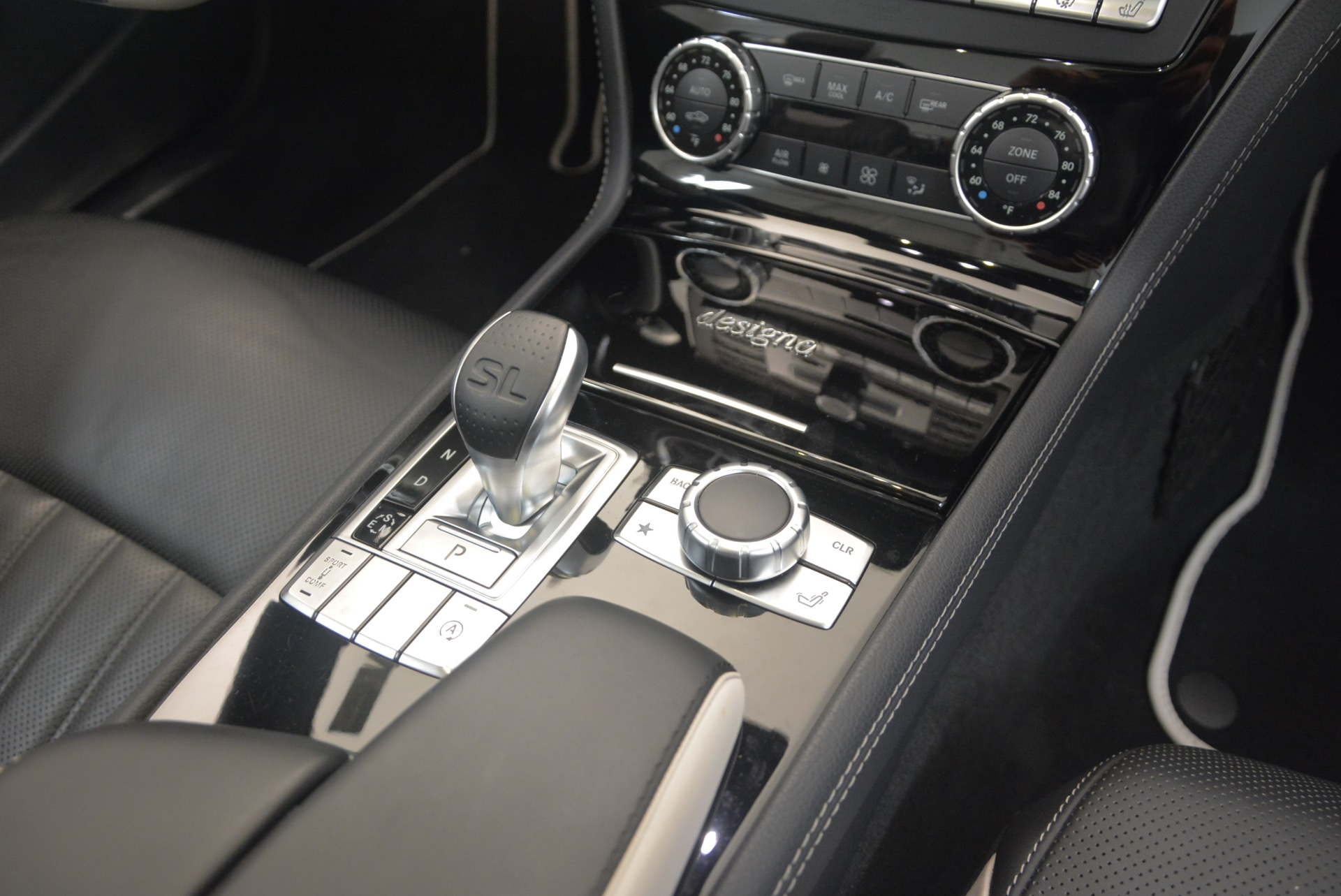 Used 2015 Mercedes Benz SL-Class SL 550 For Sale In Greenwich, CT 1261_p46