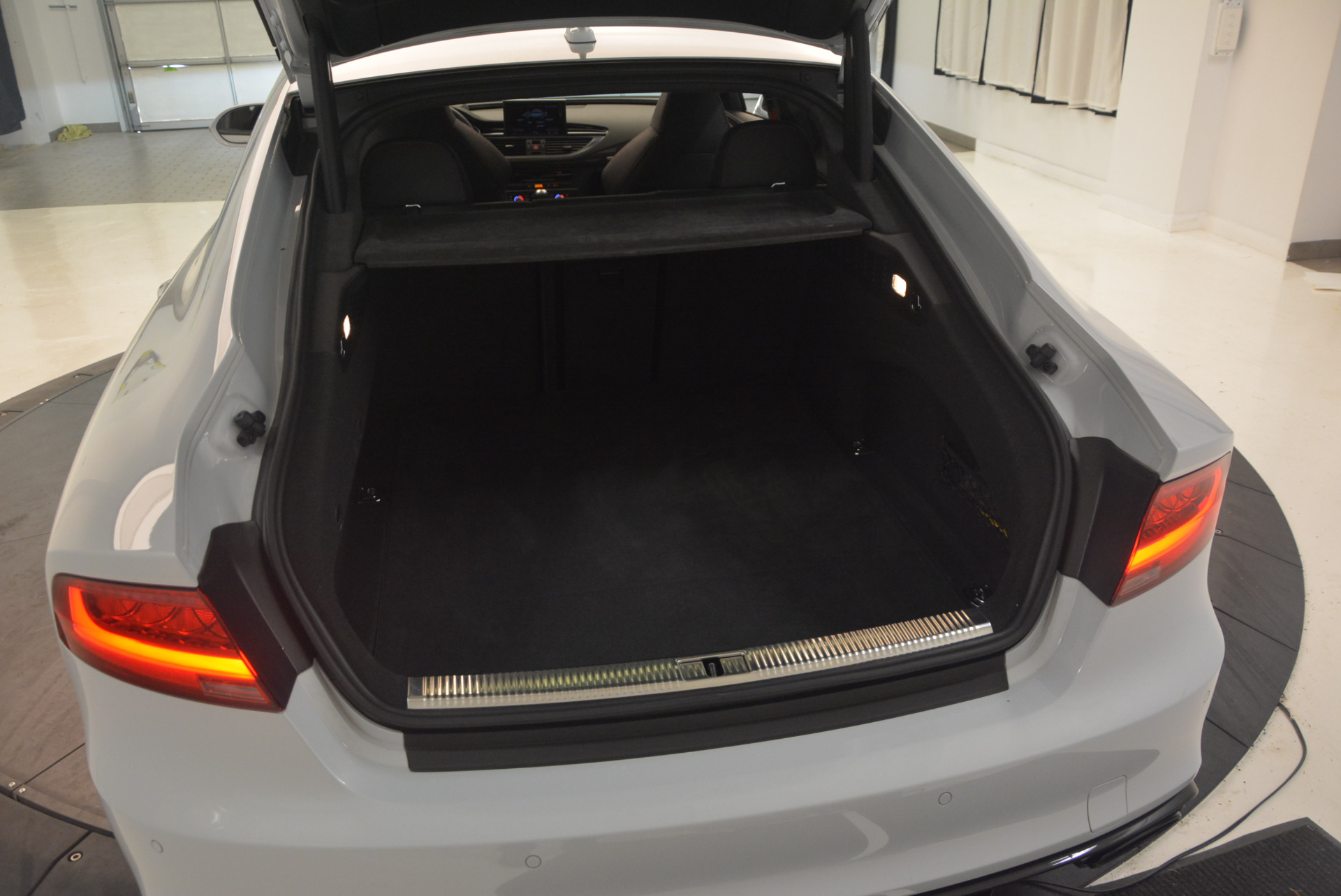 Used 2014 Audi RS 7 4.0T quattro Prestige For Sale In Greenwich, CT 1262_p18