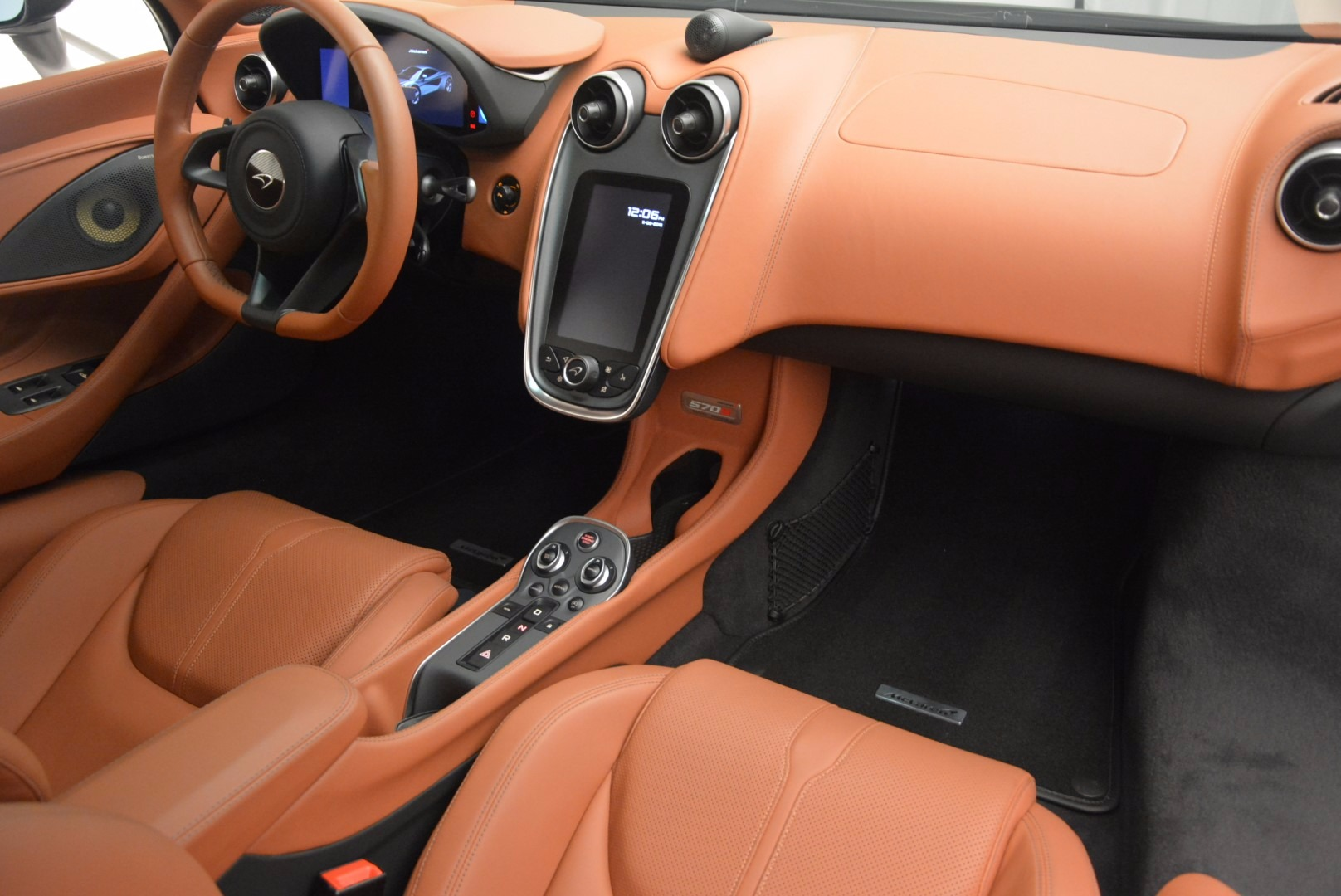 Used 2016 McLaren 570S  For Sale In Greenwich, CT 1267_p18