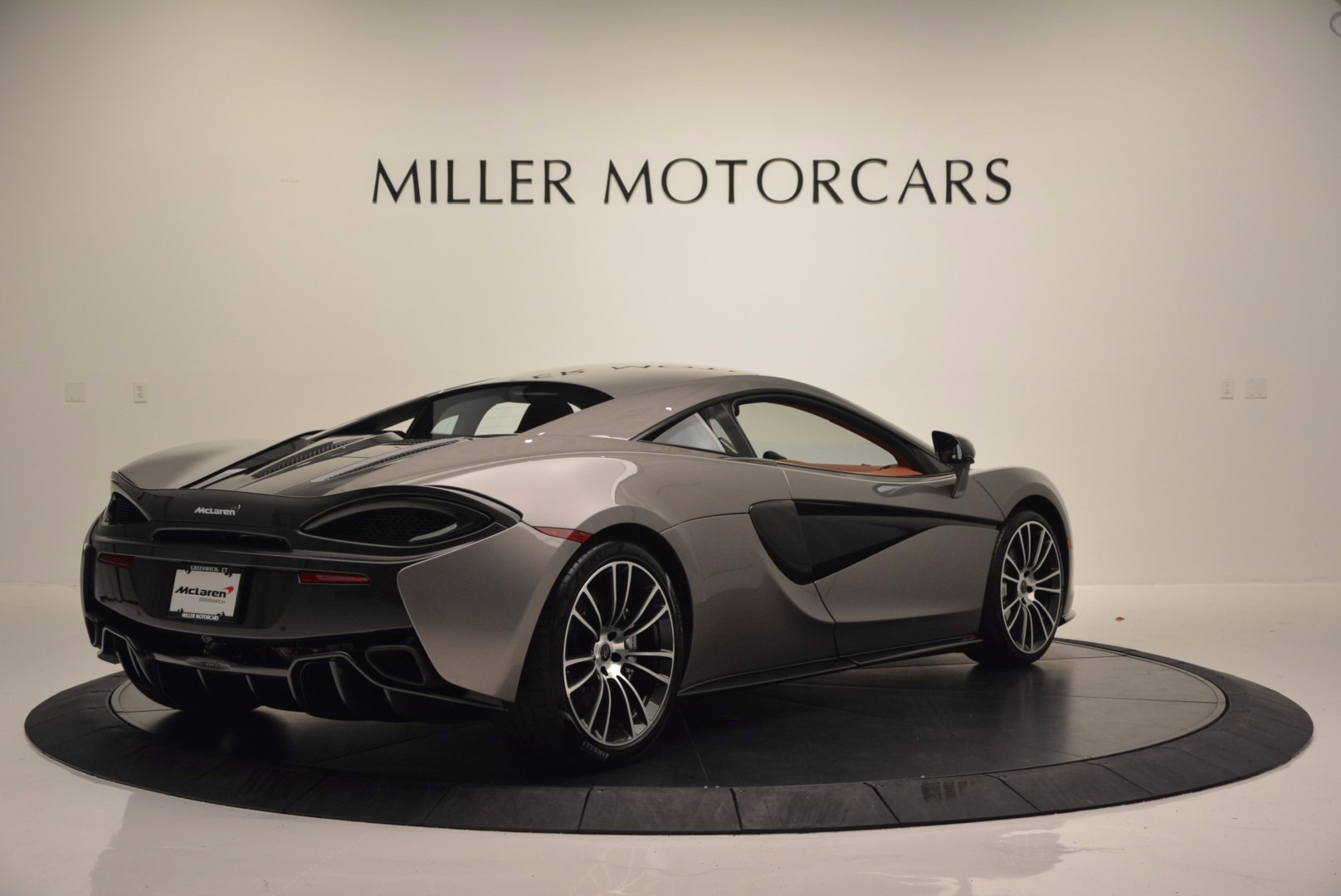Used 2016 McLaren 570S  For Sale In Greenwich, CT 1267_p7