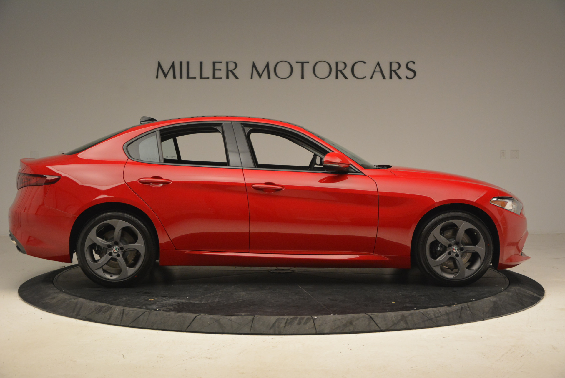 New 2017 Alfa Romeo Giulia Q4 For Sale In Greenwich, CT 1268_p11