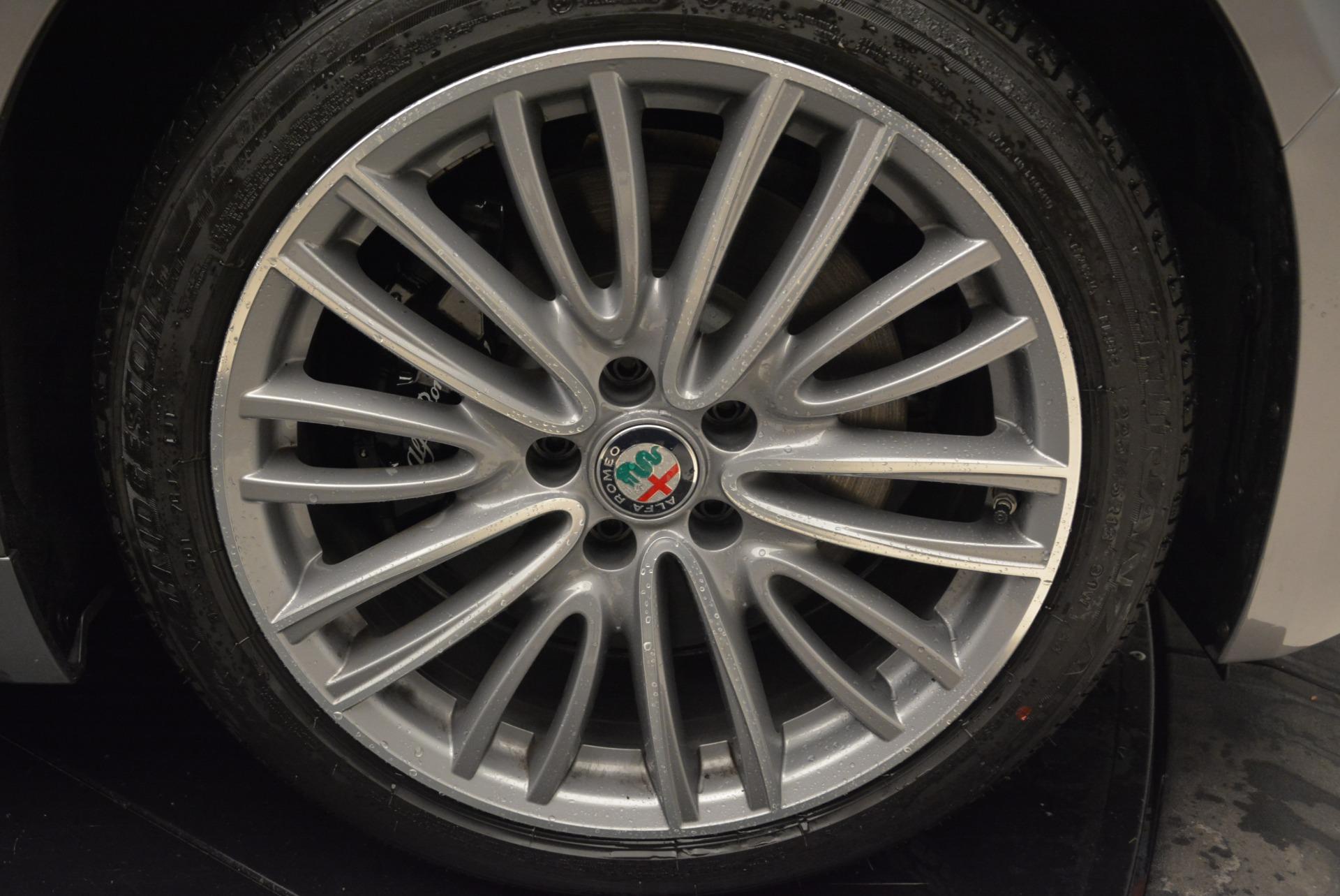 New 2017 Alfa Romeo Giulia Ti Lusso Q4 For Sale In Greenwich, CT 1270_p25