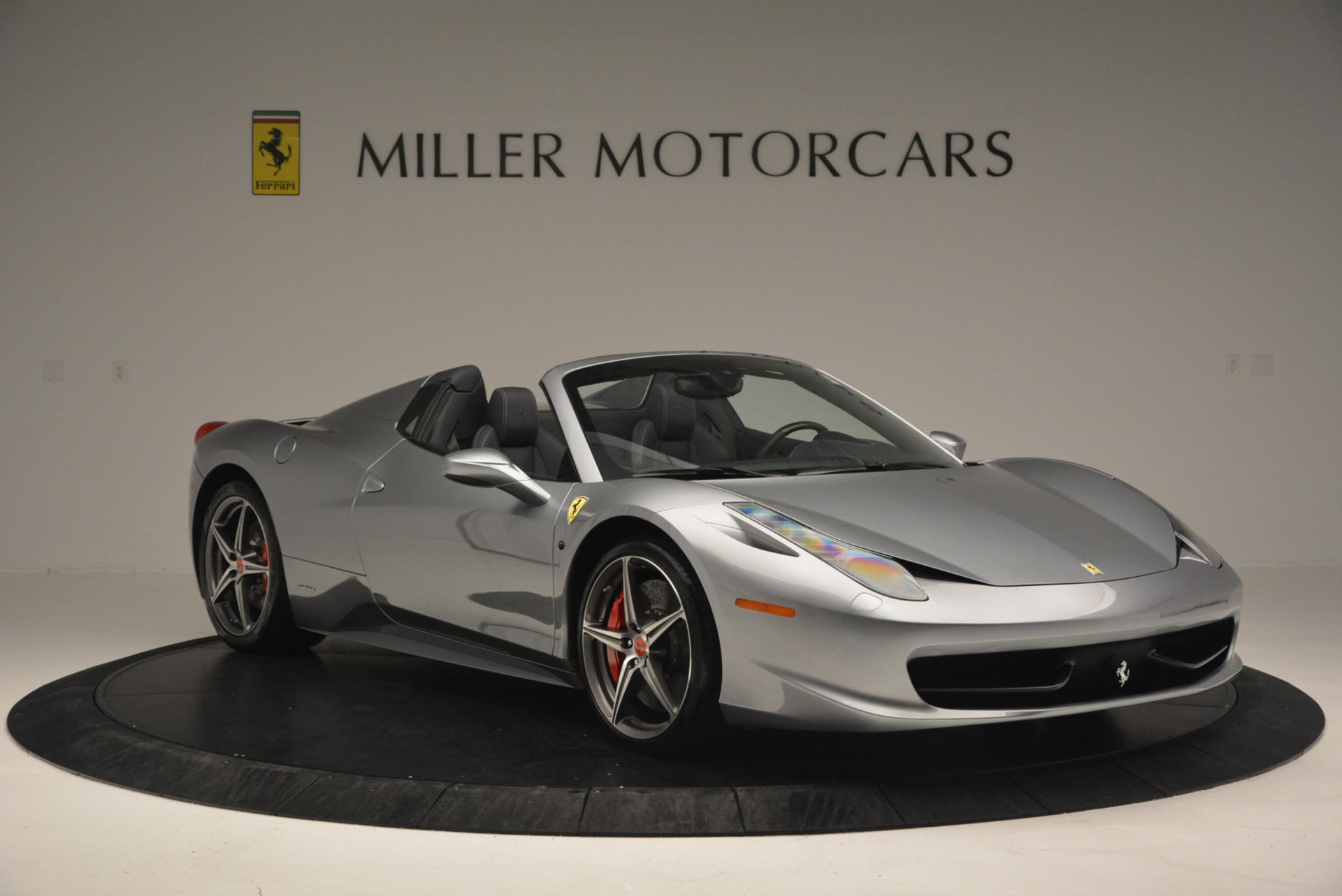 Used 2013 Ferrari 458 Spider  For Sale In Greenwich, CT 128_p11
