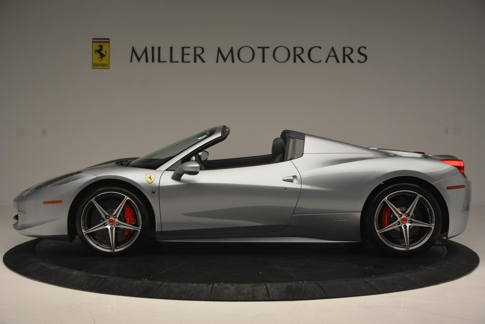 Used 2013 Ferrari 458 Spider  For Sale In Greenwich, CT 128_p3