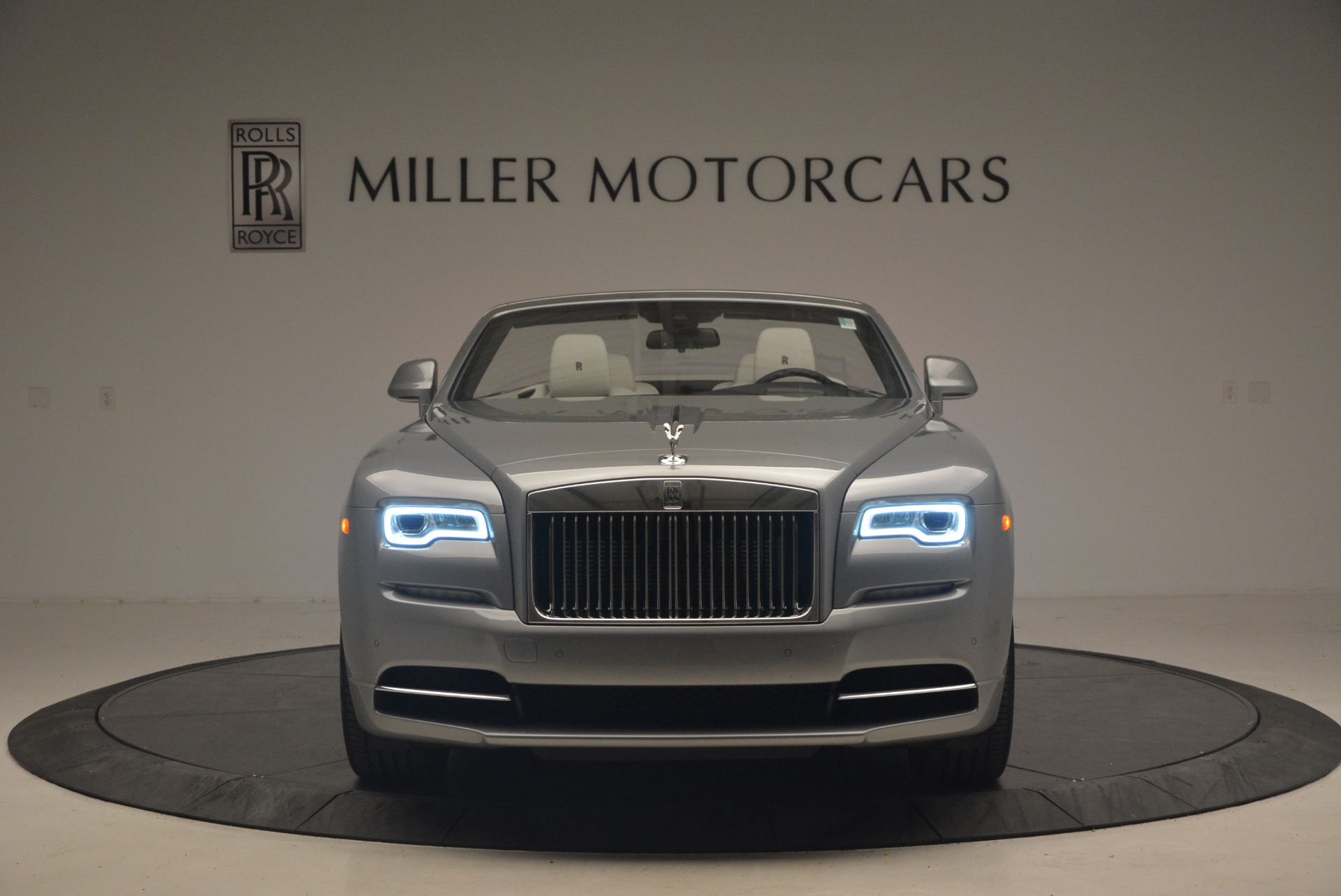 Used 2016 Rolls-Royce Dawn  For Sale In Greenwich, CT 1283_p12