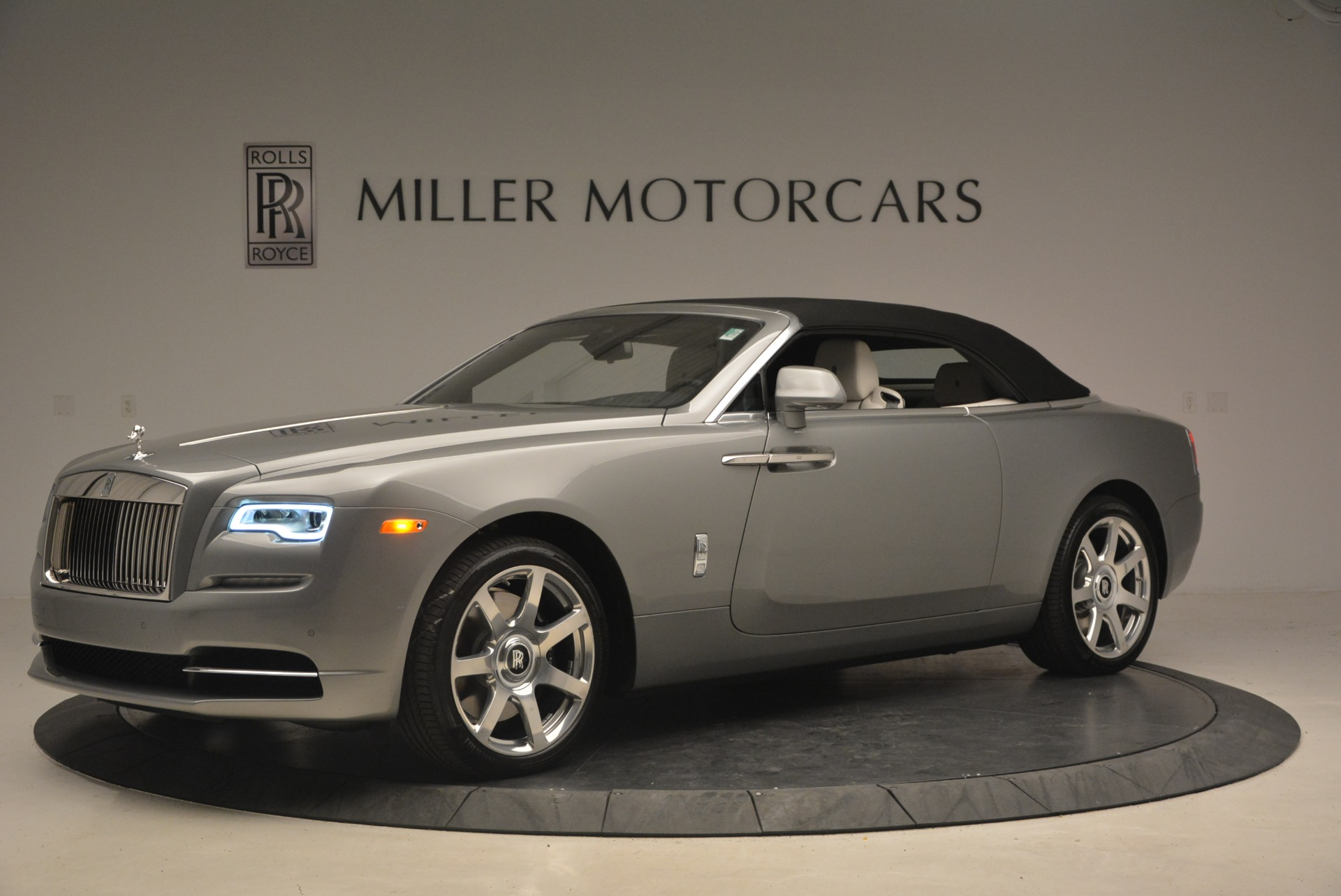 Used 2016 Rolls-Royce Dawn  For Sale In Greenwich, CT 1283_p15