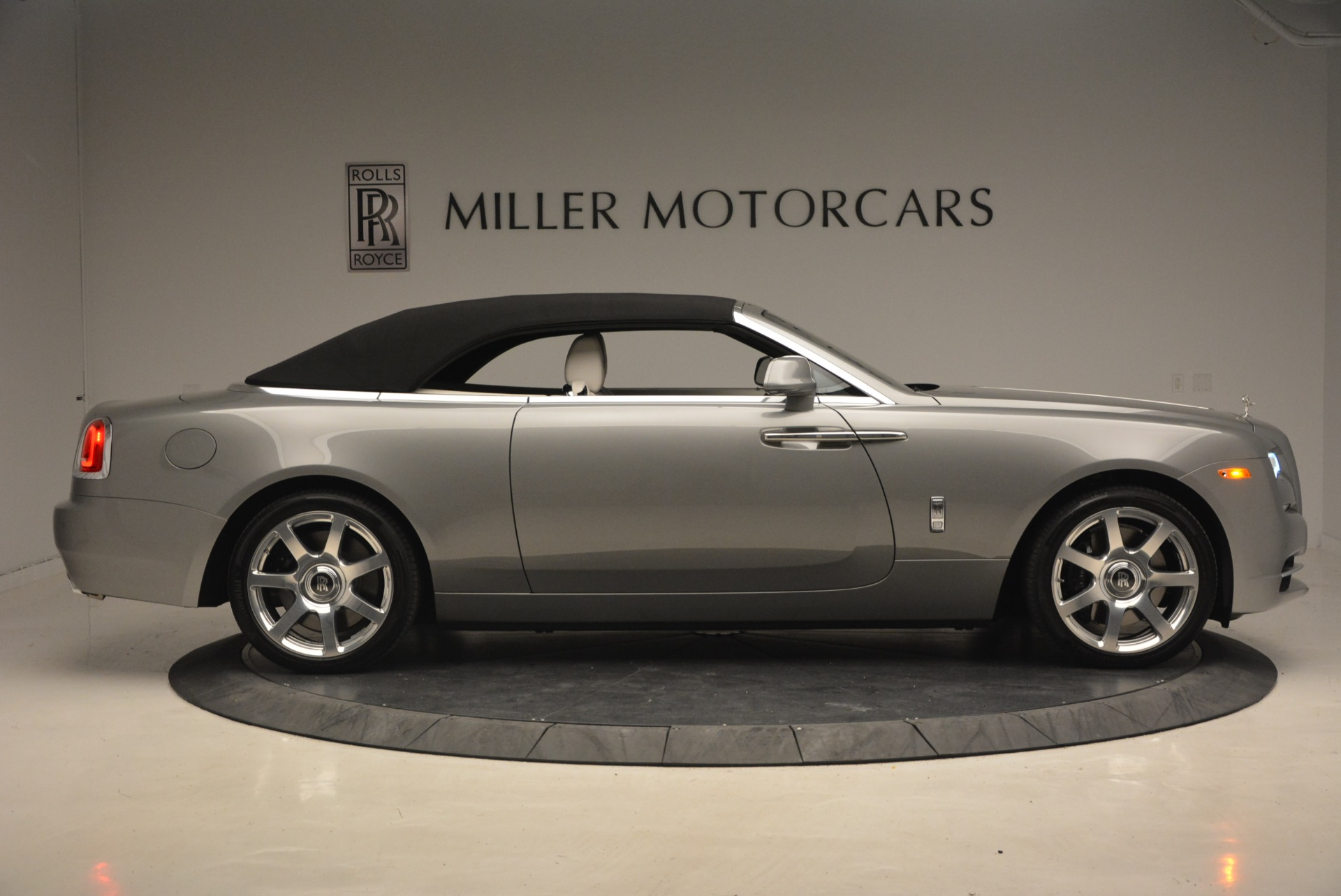 Used 2016 Rolls-Royce Dawn  For Sale In Greenwich, CT 1283_p22