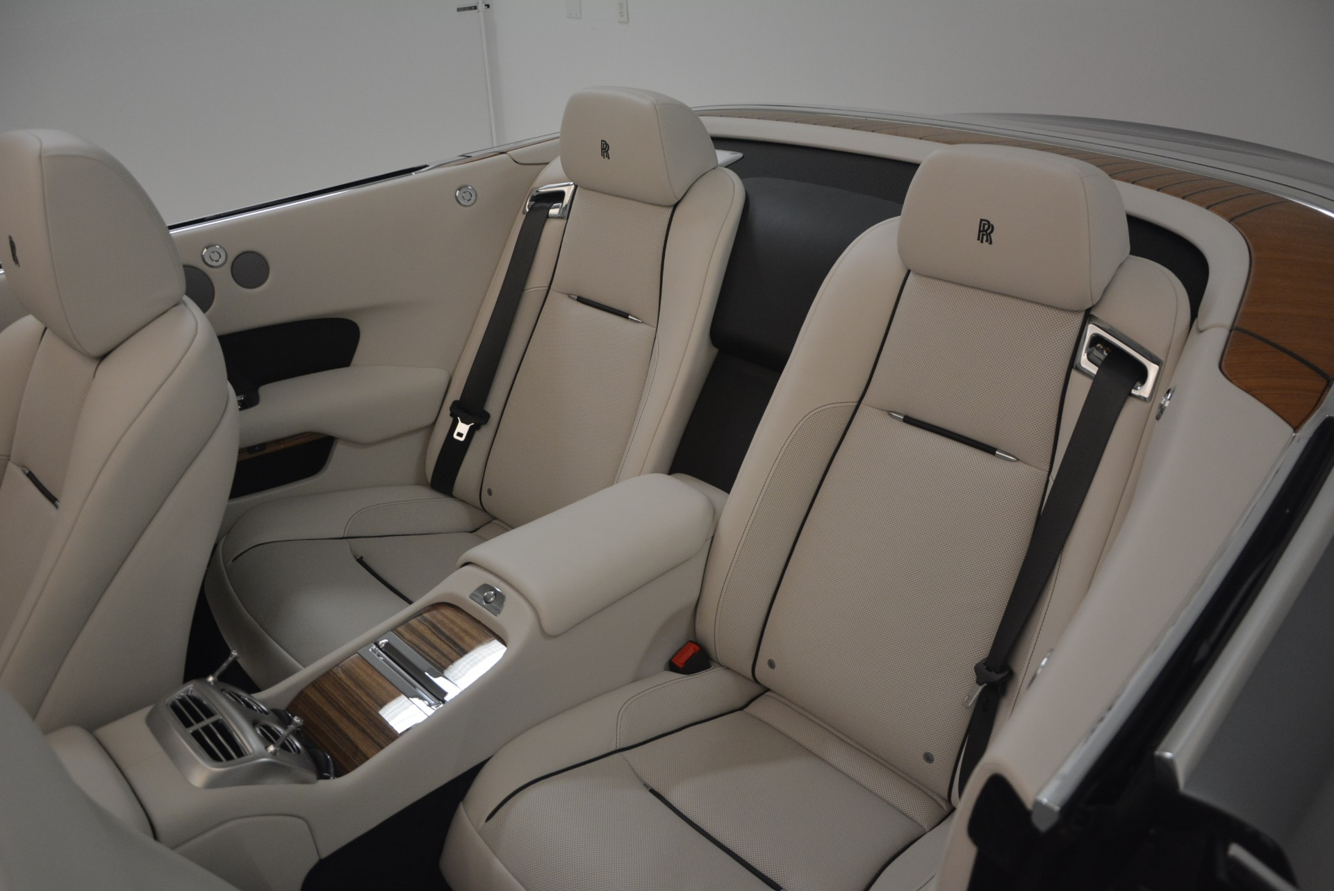 Used 2016 Rolls-Royce Dawn  For Sale In Greenwich, CT 1283_p38