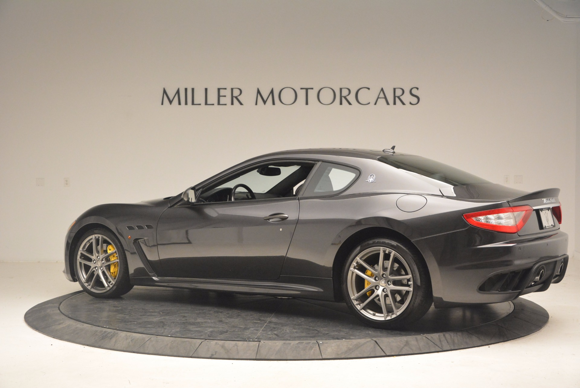 Used 2012 Maserati GranTurismo MC For Sale In Greenwich, CT 1284_p4
