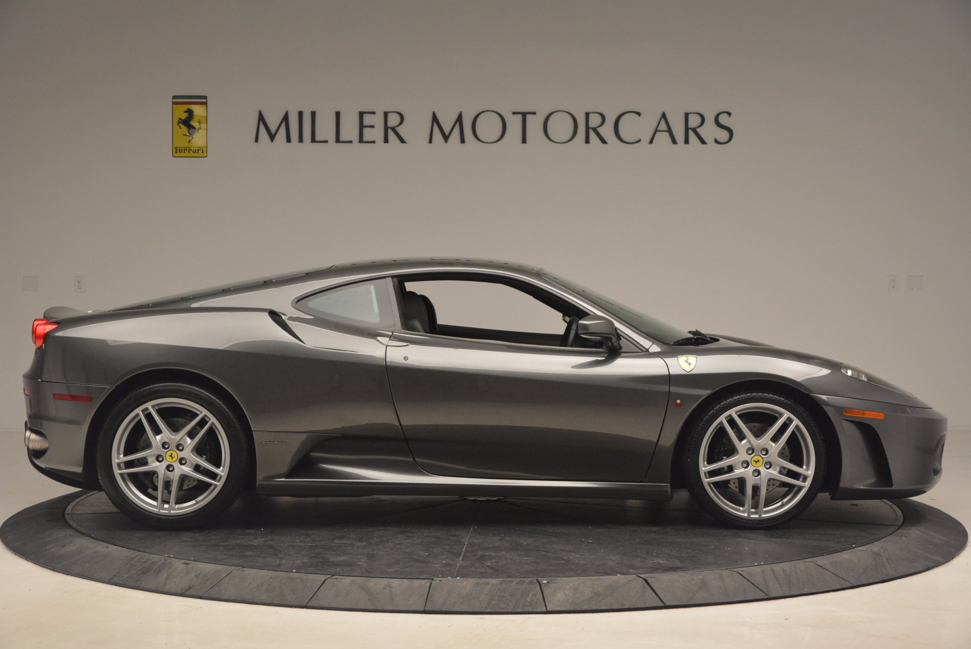 Used 2005 Ferrari F430 6-Speed Manual For Sale In Greenwich, CT 1286_p9