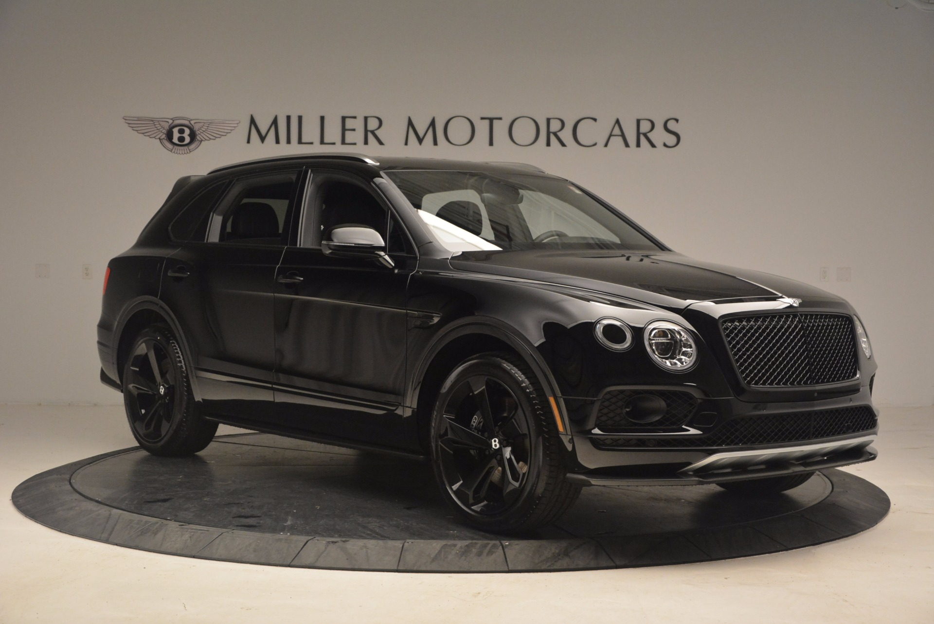 New 2018 Bentley Bentayga Black Edition For Sale In Greenwich, CT 1287_p10