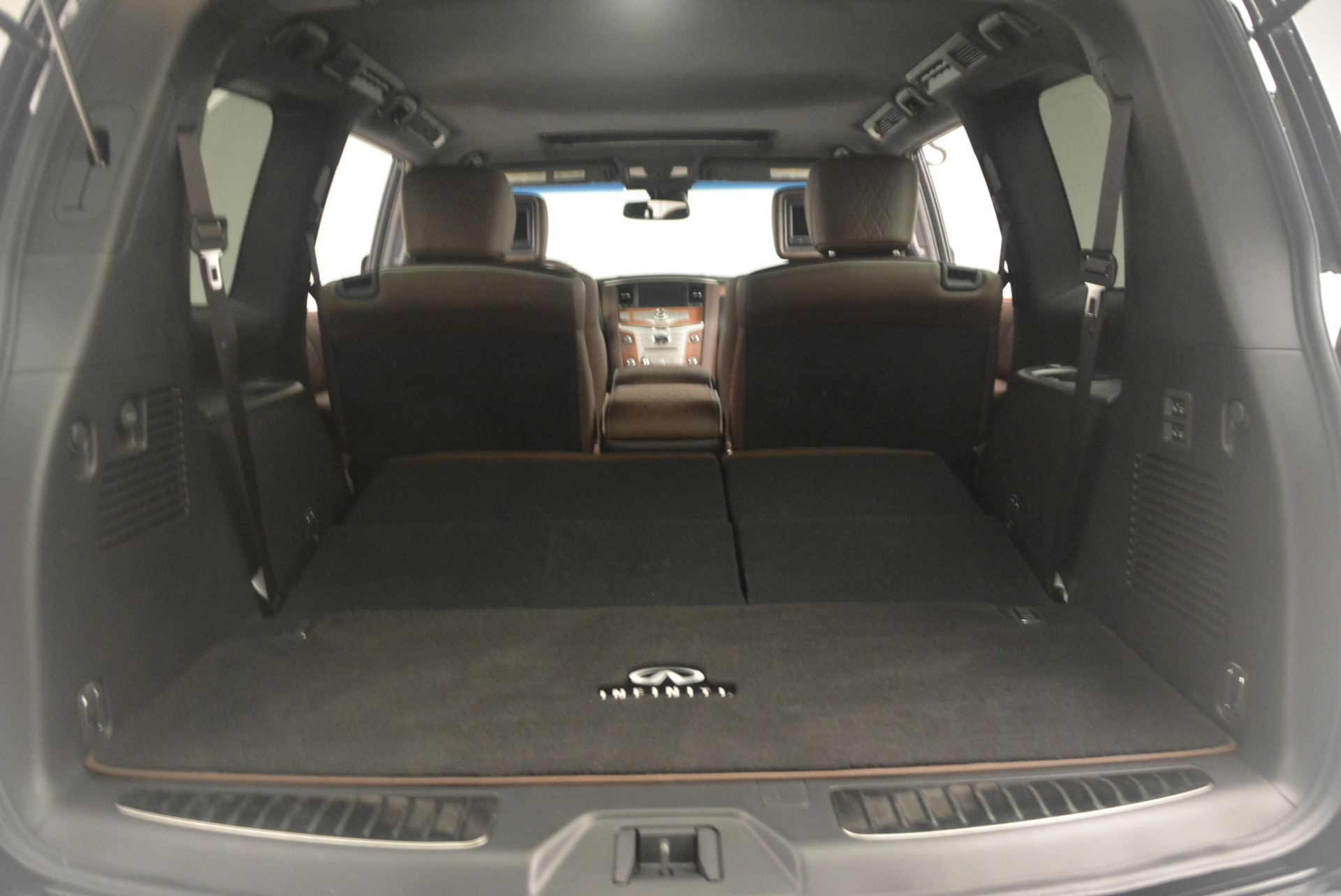 Used 2015 INFINITI QX80 Limited 4WD For Sale In Greenwich, CT 1289_p22