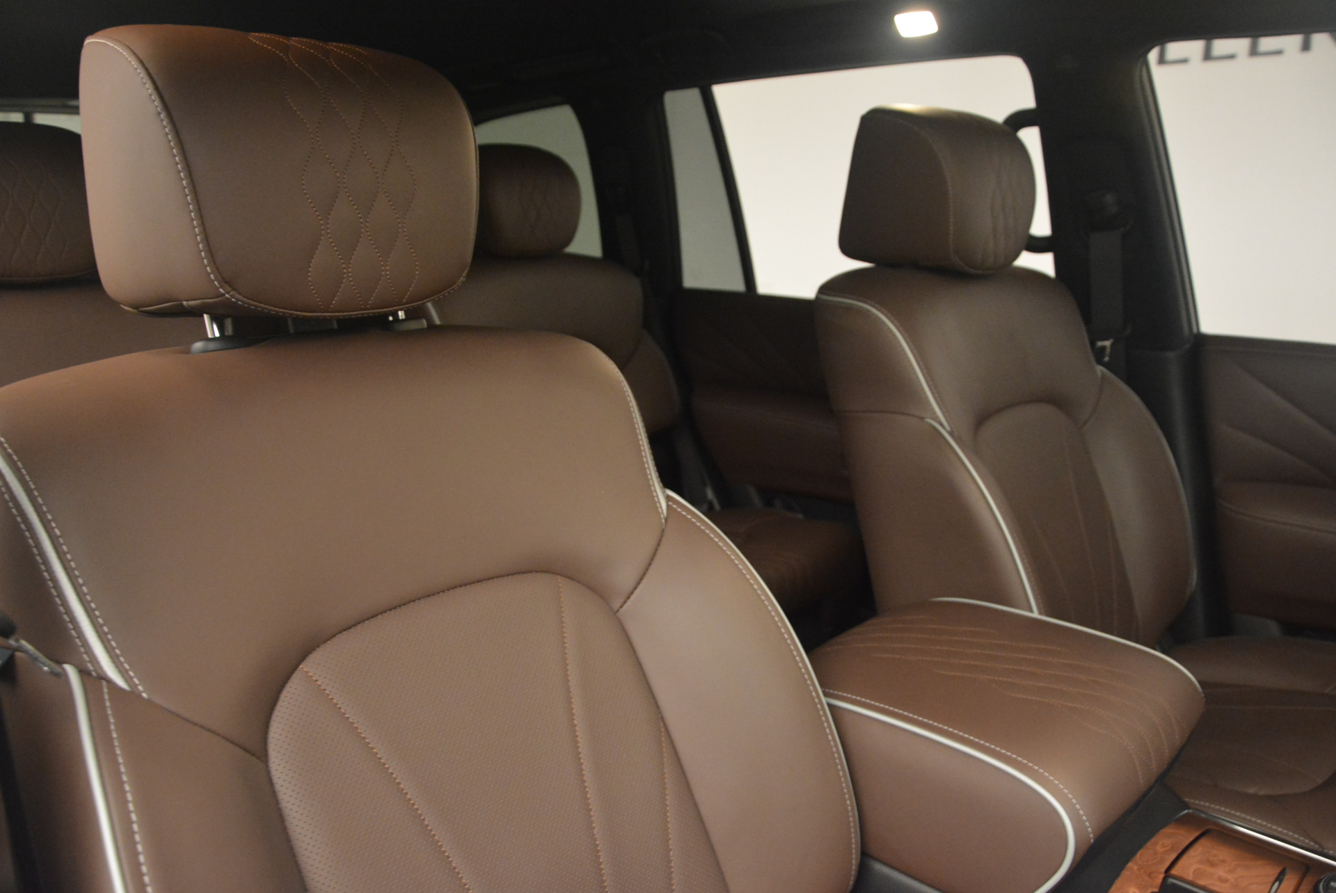 Used 2015 INFINITI QX80 Limited 4WD For Sale In Greenwich, CT 1289_p24