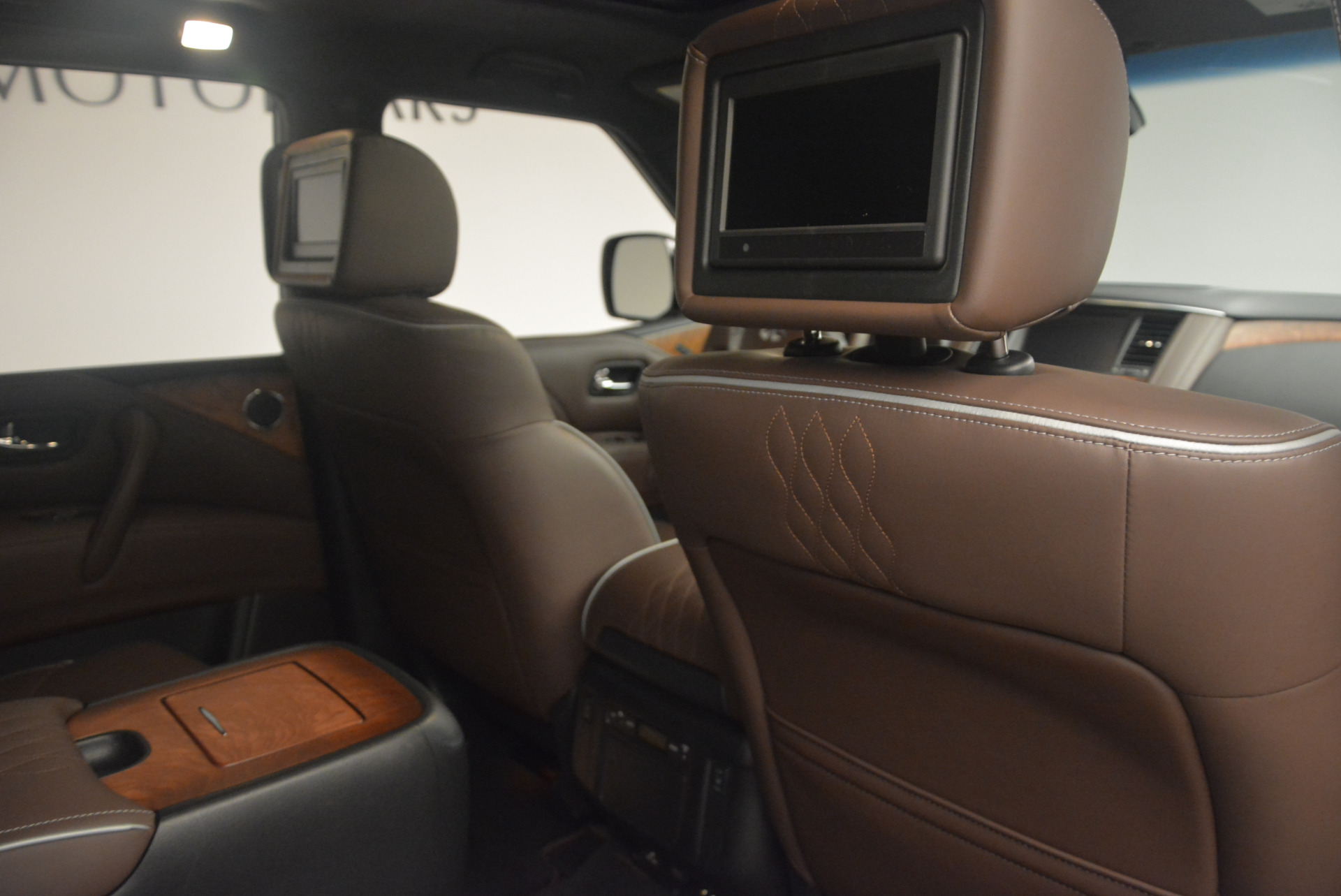 Used 2015 INFINITI QX80 Limited 4WD For Sale In Greenwich, CT 1289_p31