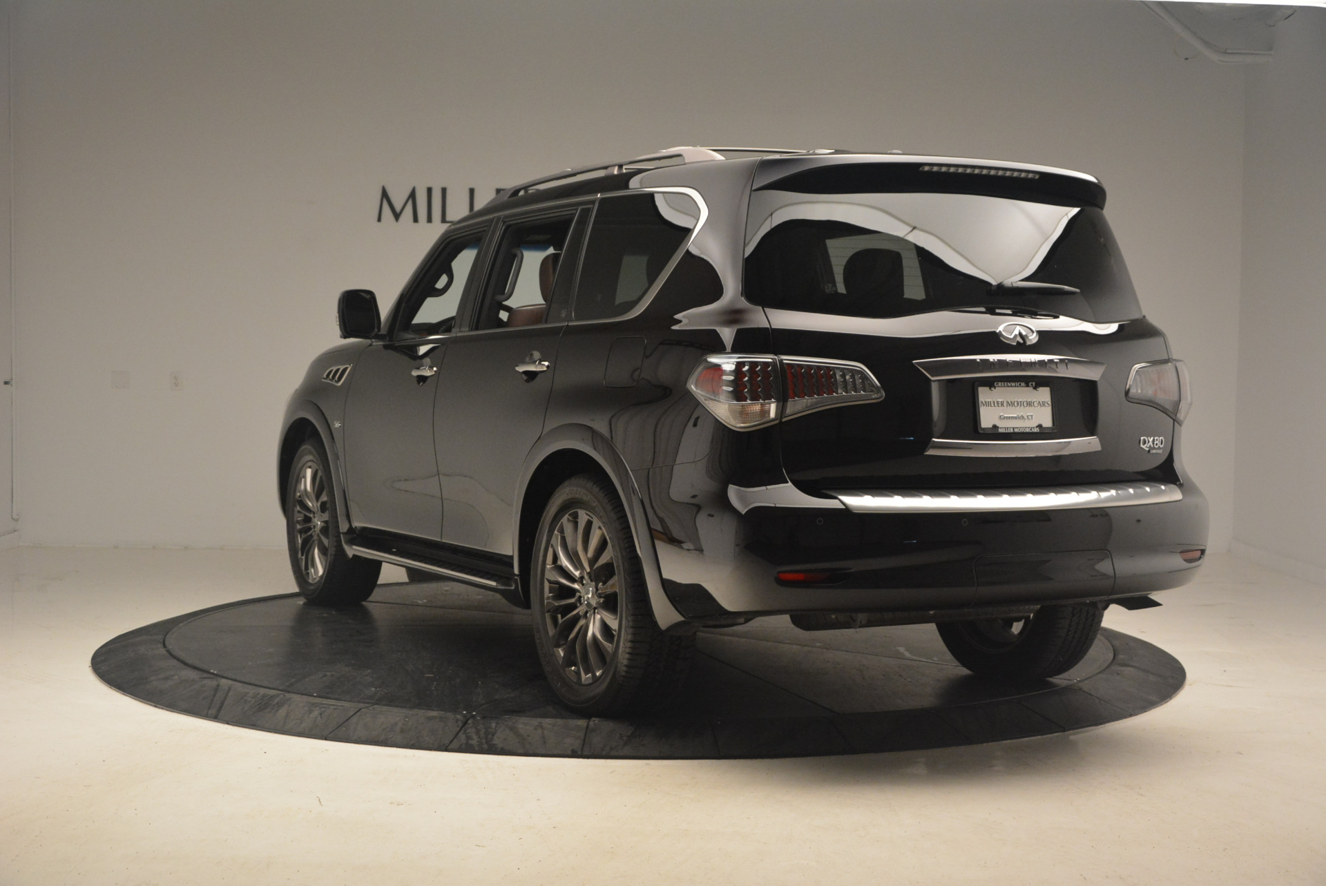 Used 2015 INFINITI QX80 Limited 4WD For Sale In Greenwich, CT 1289_p5
