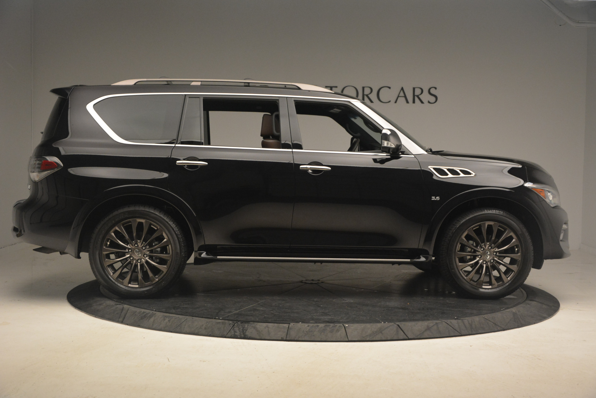 Used 2015 INFINITI QX80 Limited 4WD For Sale In Greenwich, CT 1289_p9