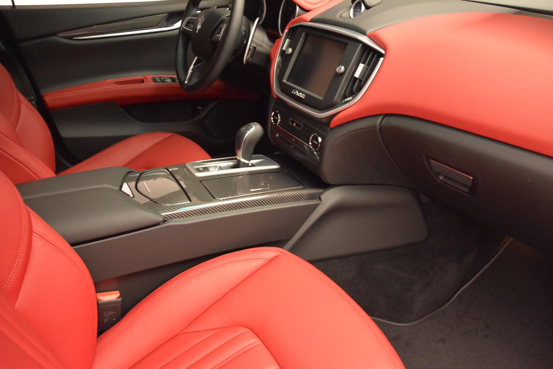 Used 2015 Maserati Ghibli S Q4 For Sale In Greenwich, CT 1290_p20