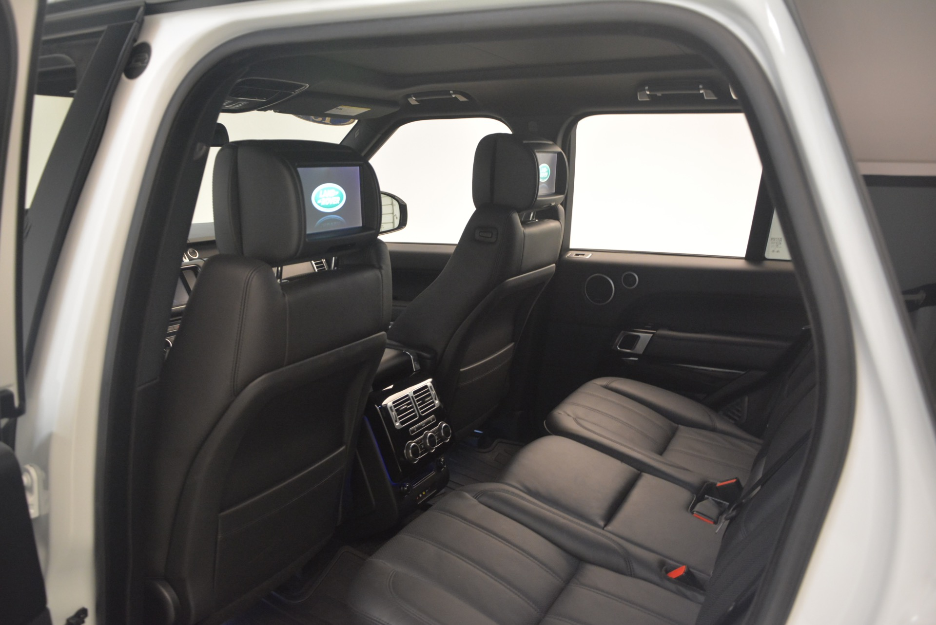 Used 2015 Land Rover Range Rover Supercharged For Sale In Greenwich, CT 1292_p22