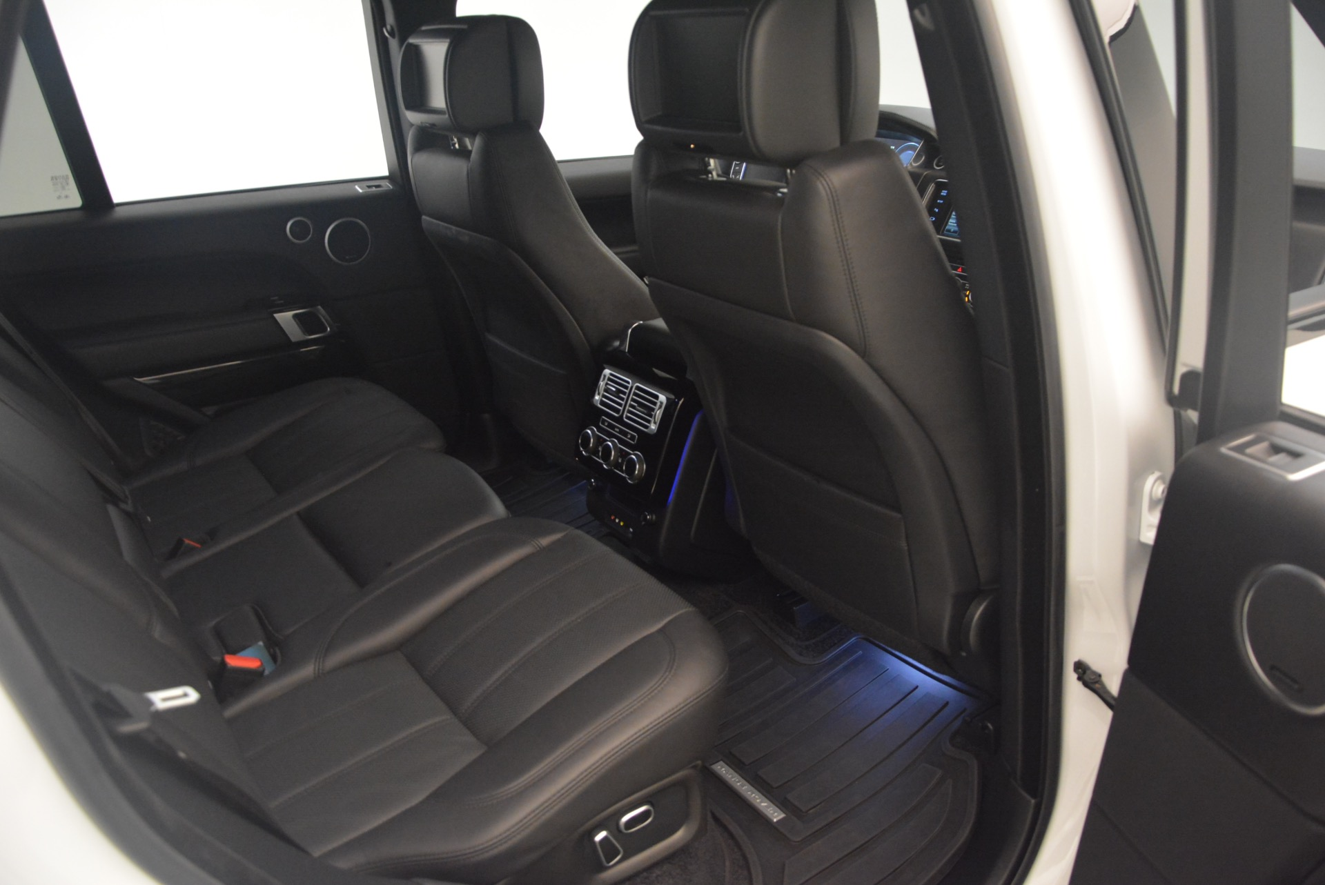 Used 2015 Land Rover Range Rover Supercharged For Sale In Greenwich, CT 1292_p35