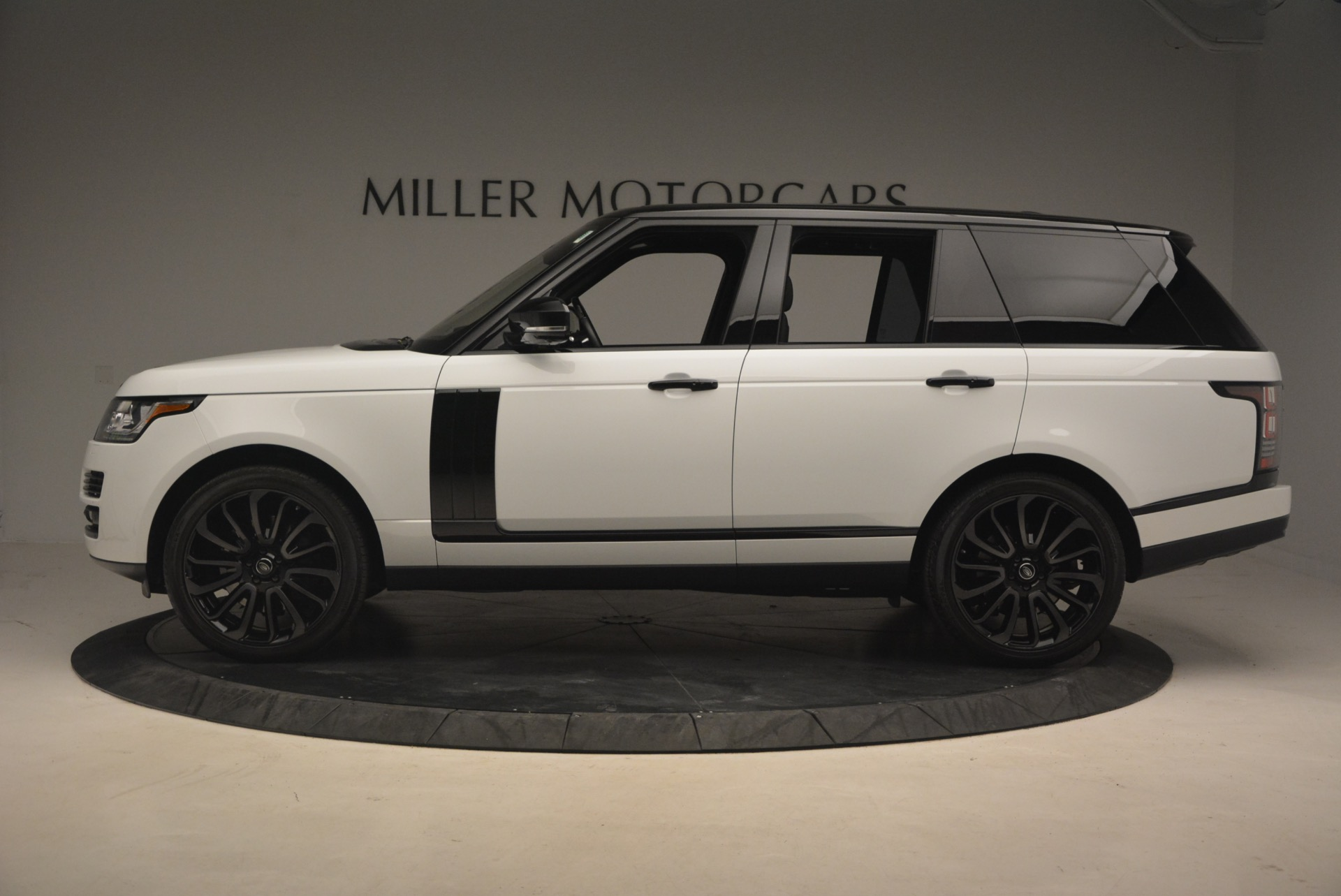 Used 2015 Land Rover Range Rover Supercharged For Sale In Greenwich, CT 1292_p3