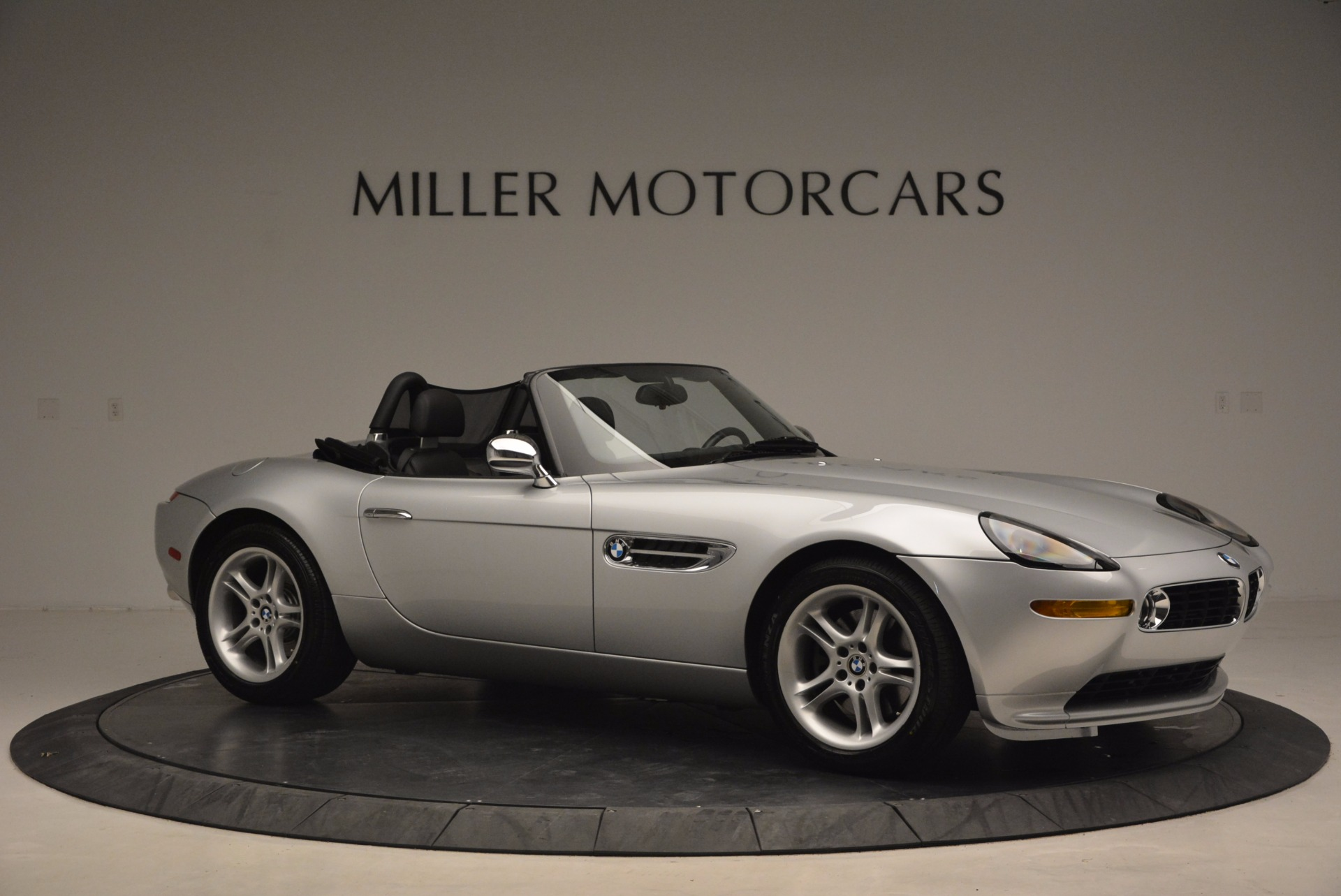 Used 2001 BMW Z8  For Sale In Greenwich, CT 1293_p10