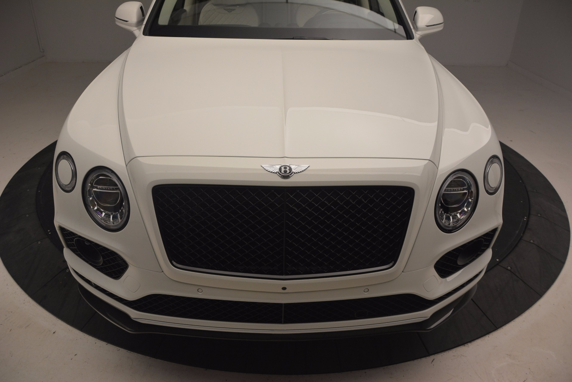 New 2018 Bentley Bentayga Black Edition For Sale In Greenwich, CT 1302_p13