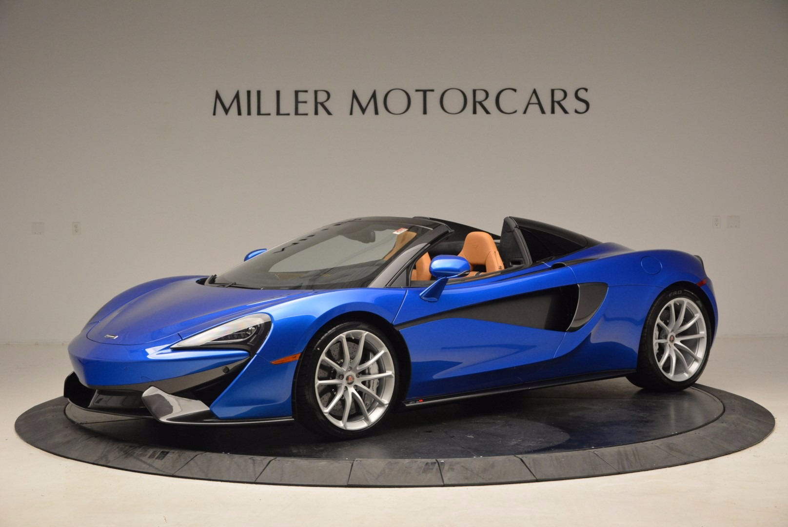 Used 2018 McLaren 570S Spider For Sale In Greenwich, CT 1303_main