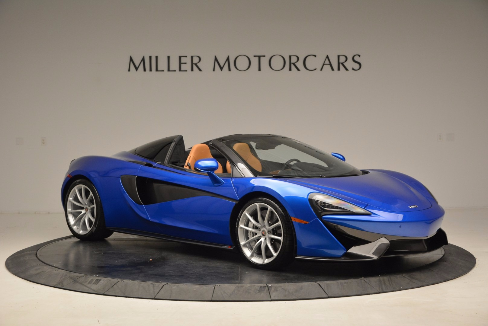 Used 2018 McLaren 570S Spider For Sale In Greenwich, CT 1303_p10