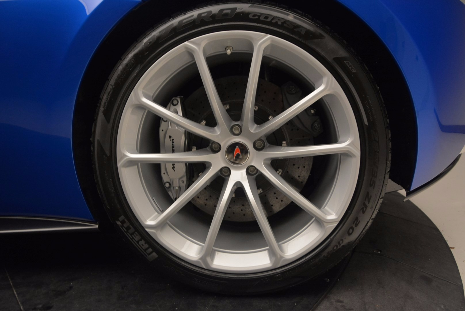 Used 2018 McLaren 570S Spider For Sale In Greenwich, CT 1303_p25