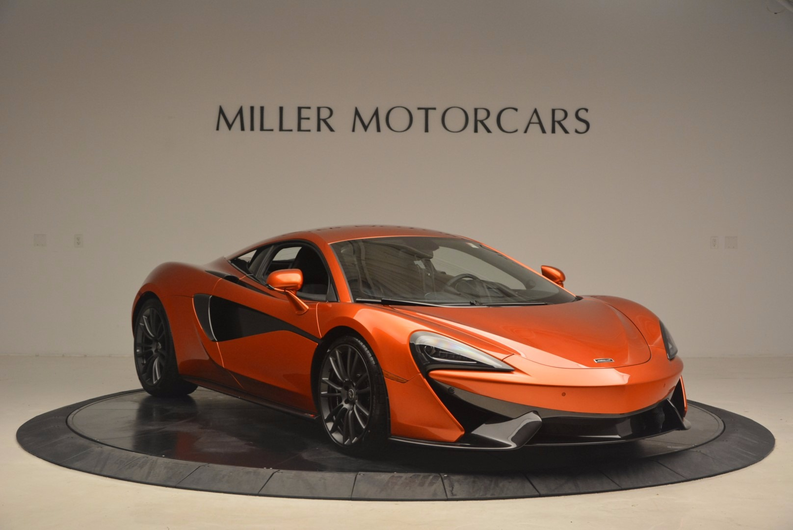 Used 2017 McLaren 570S  For Sale In Greenwich, CT 1304_p13