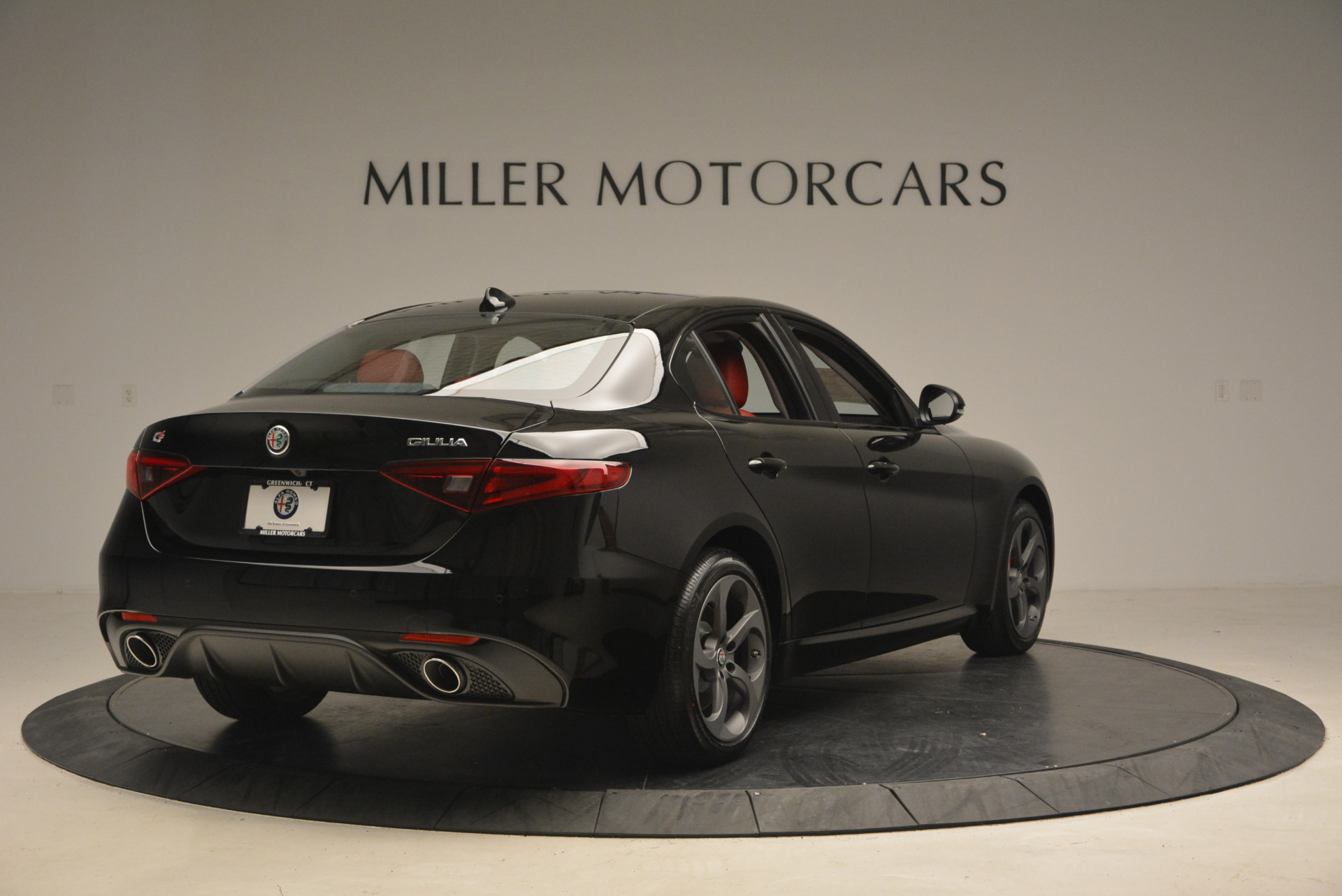 New 2017 Alfa Romeo Giulia Q4 For Sale In Greenwich, CT 1313_p7