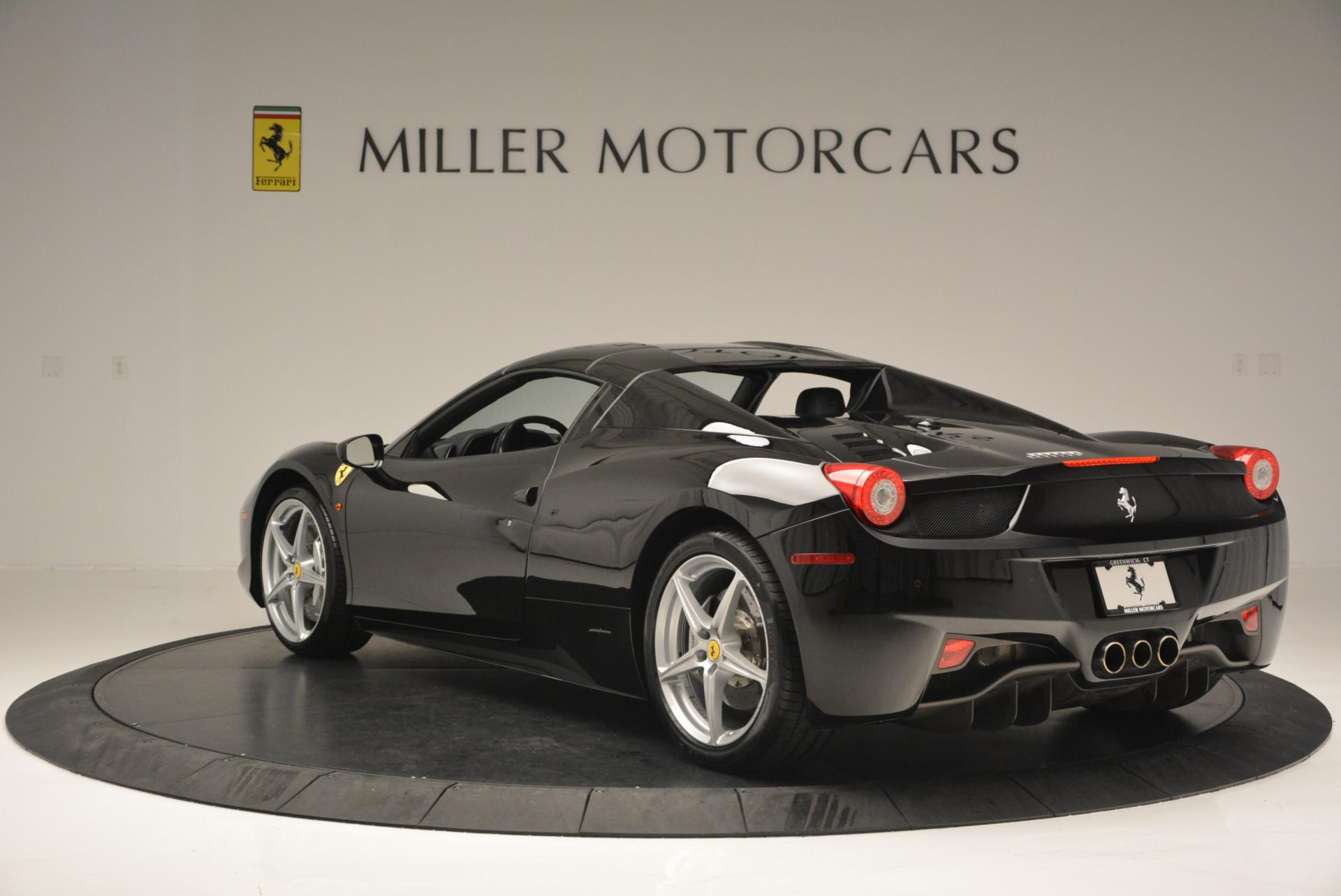 Used 2013 Ferrari 458 Spider  For Sale In Greenwich, CT 132_p17