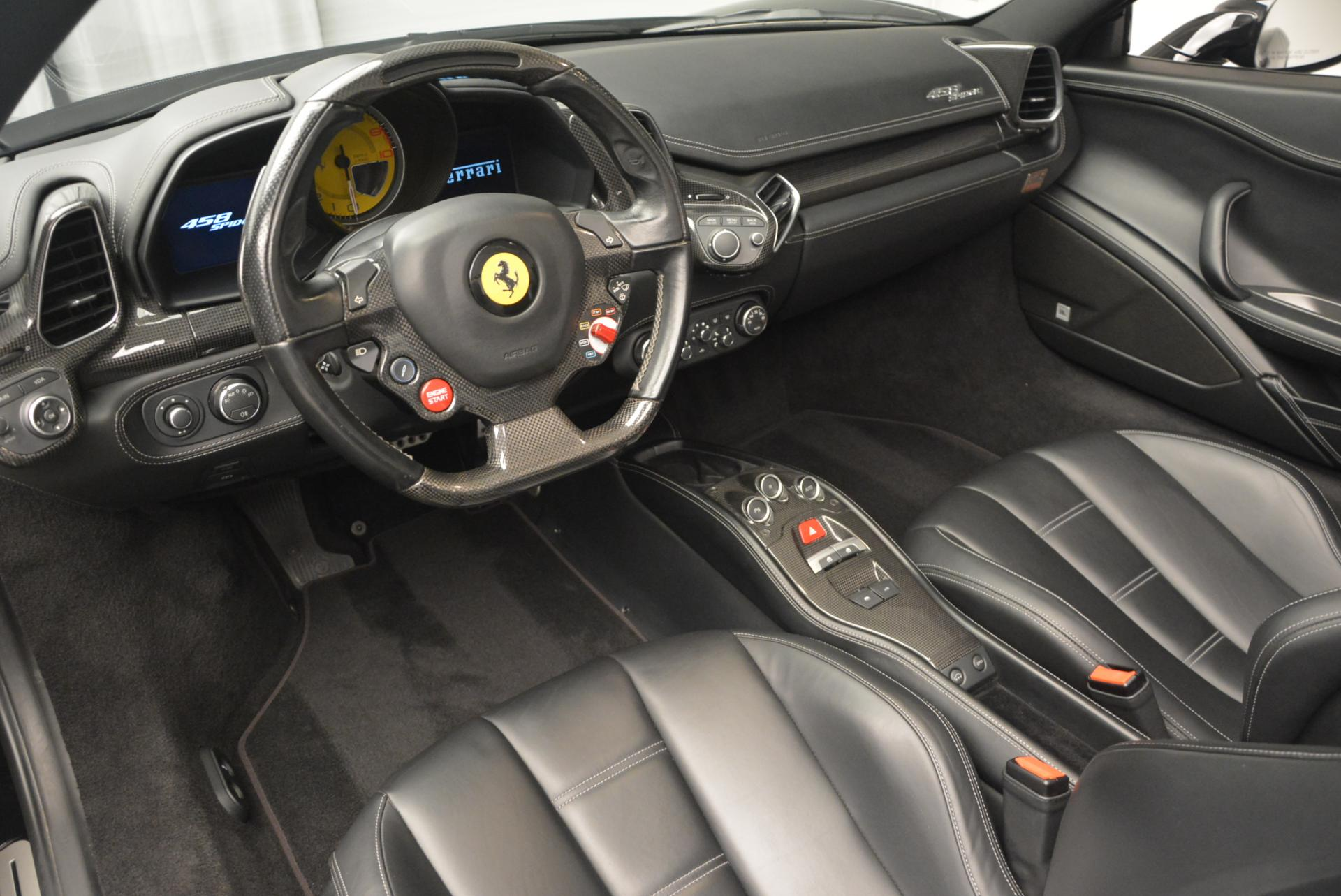 Used 2013 Ferrari 458 Spider  For Sale In Greenwich, CT 132_p25