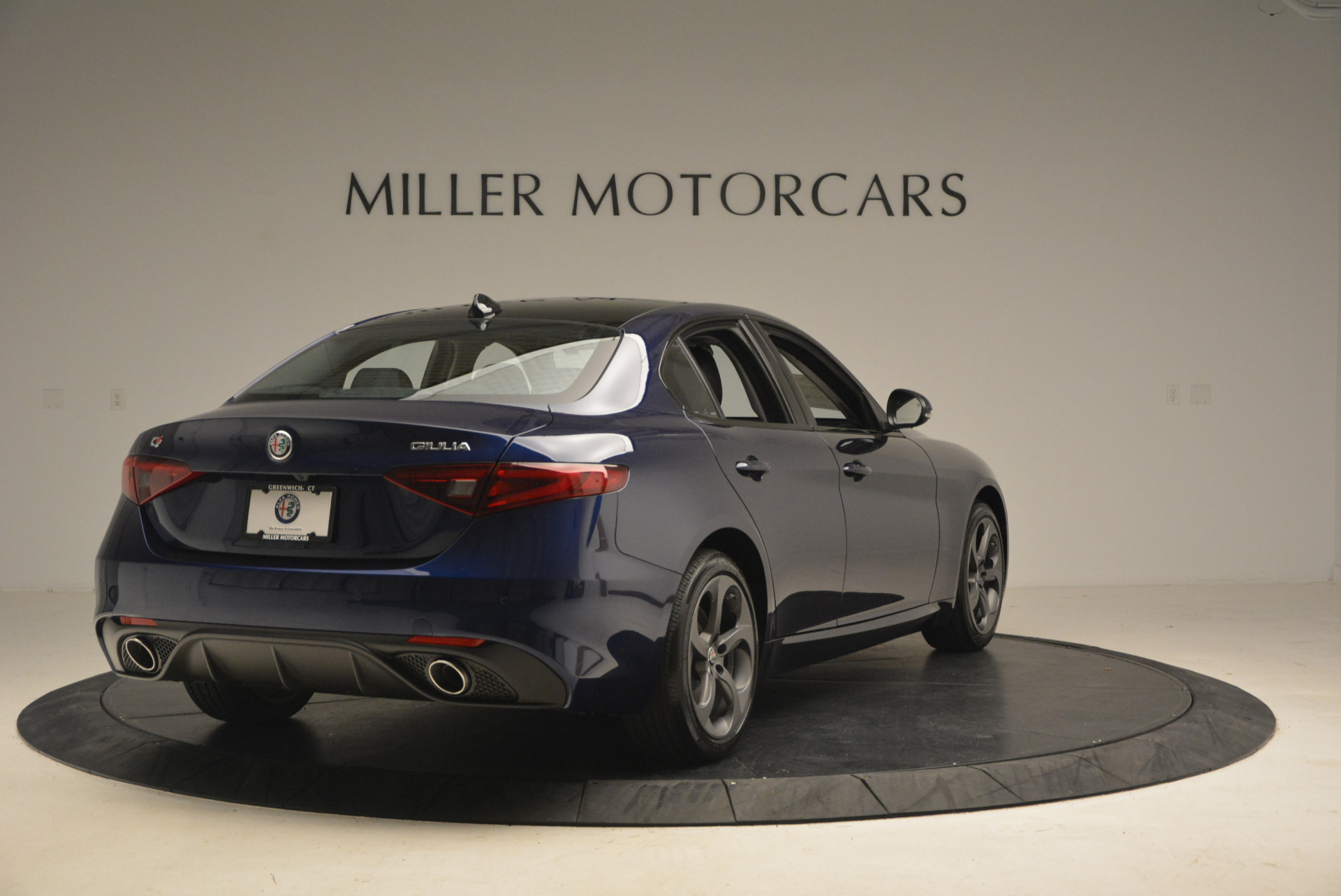 New 2017 Alfa Romeo Giulia Q4 For Sale In Greenwich, CT 1320_p7