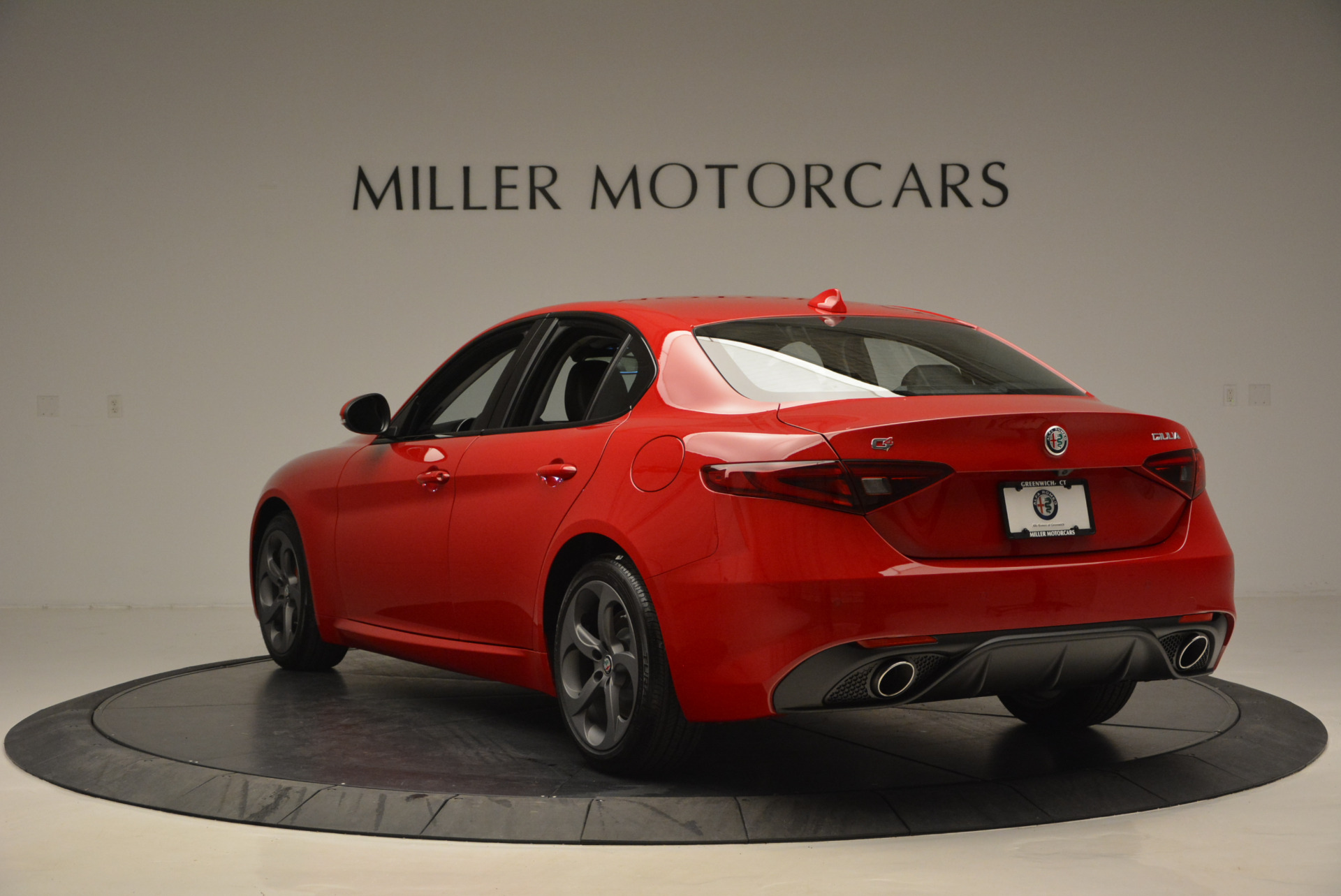 New 2017 Alfa Romeo Giulia Sport Q4 For Sale In Greenwich, CT 1323_p5